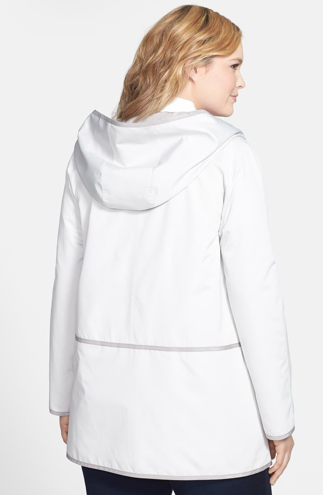 Alternate Image 2  - Gallery Reversible Hooded Raincoat (Plus Size)