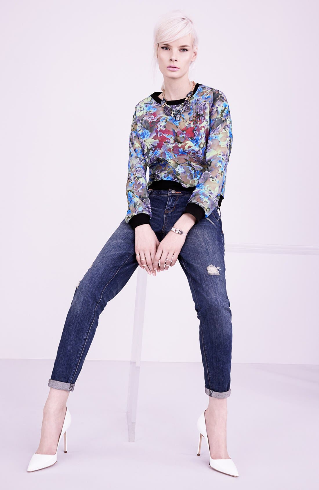 Main Image - Tildon Pullover & Dittos Boyfriend Jeans