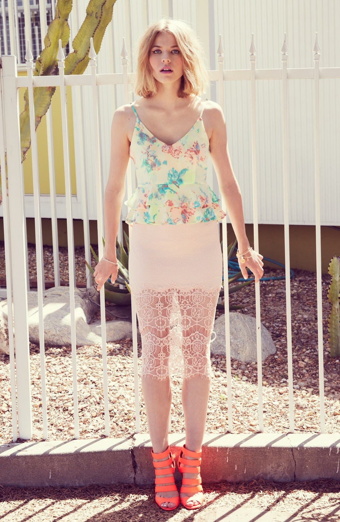 Alternate Image 5  - ASTR Textured Lace Hem Pencil Skirt
