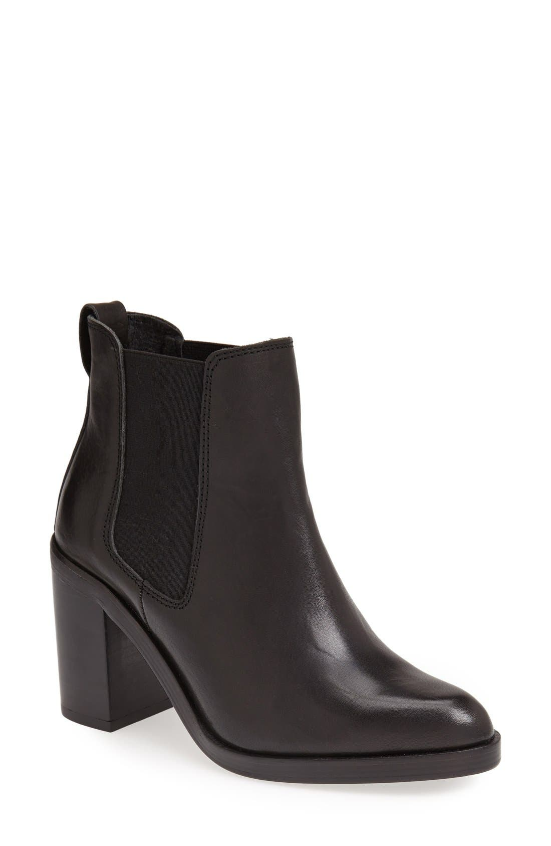 Main Image - Topshop 'Missile' Chelsea Boot (Women)