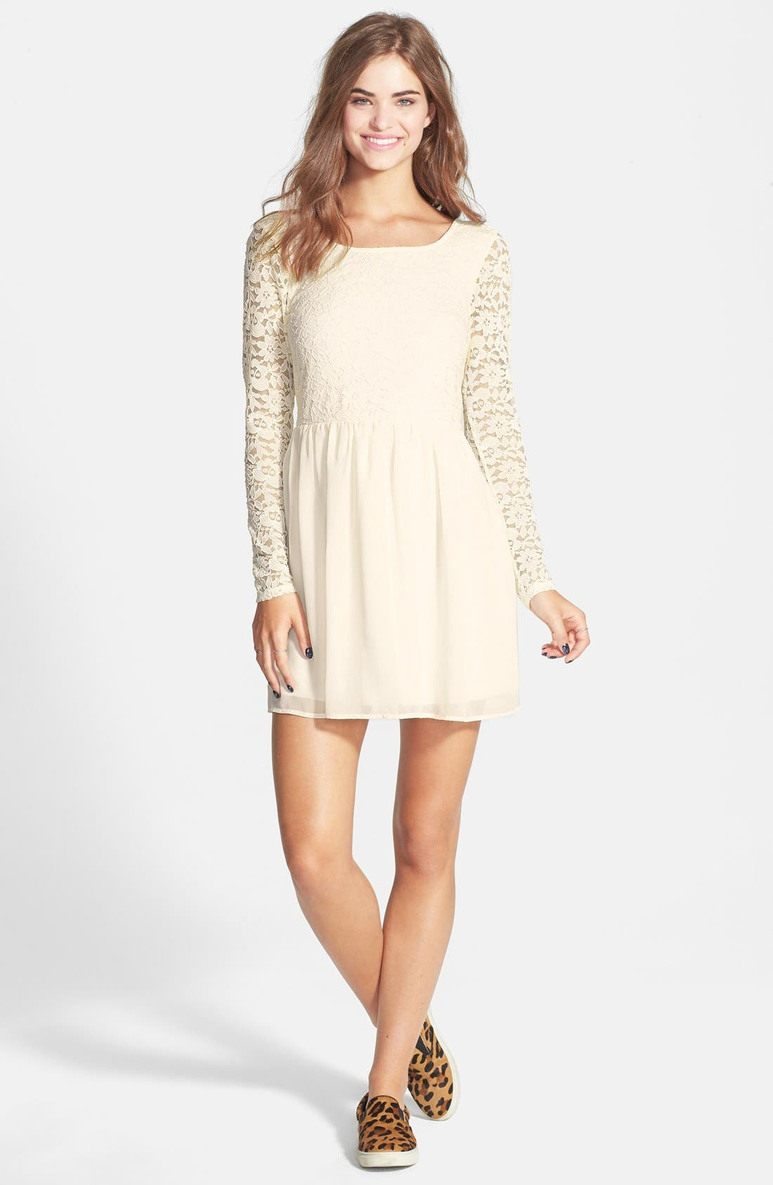 Main Image - Trixxi Bow Back Lace Skater Dress