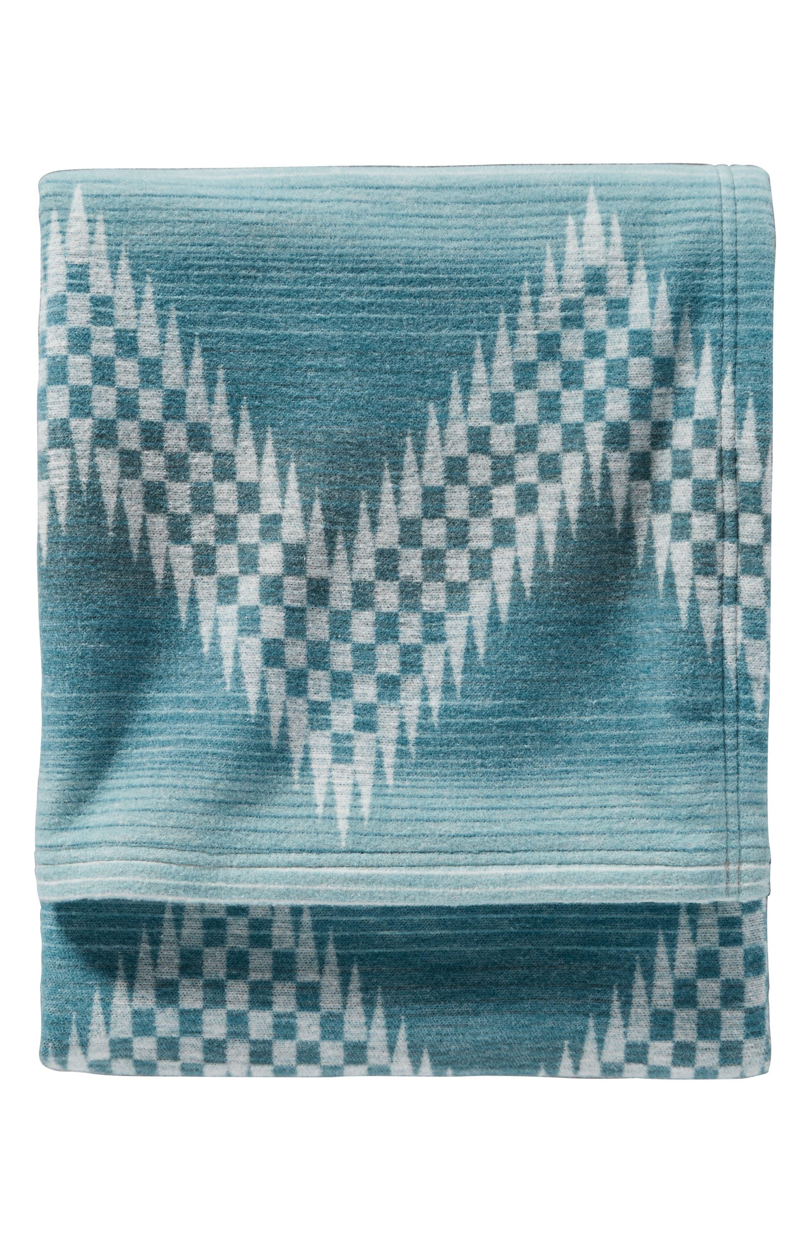 Alternate Image 1 Selected - Pendleton Willow Basket Throw Blanket