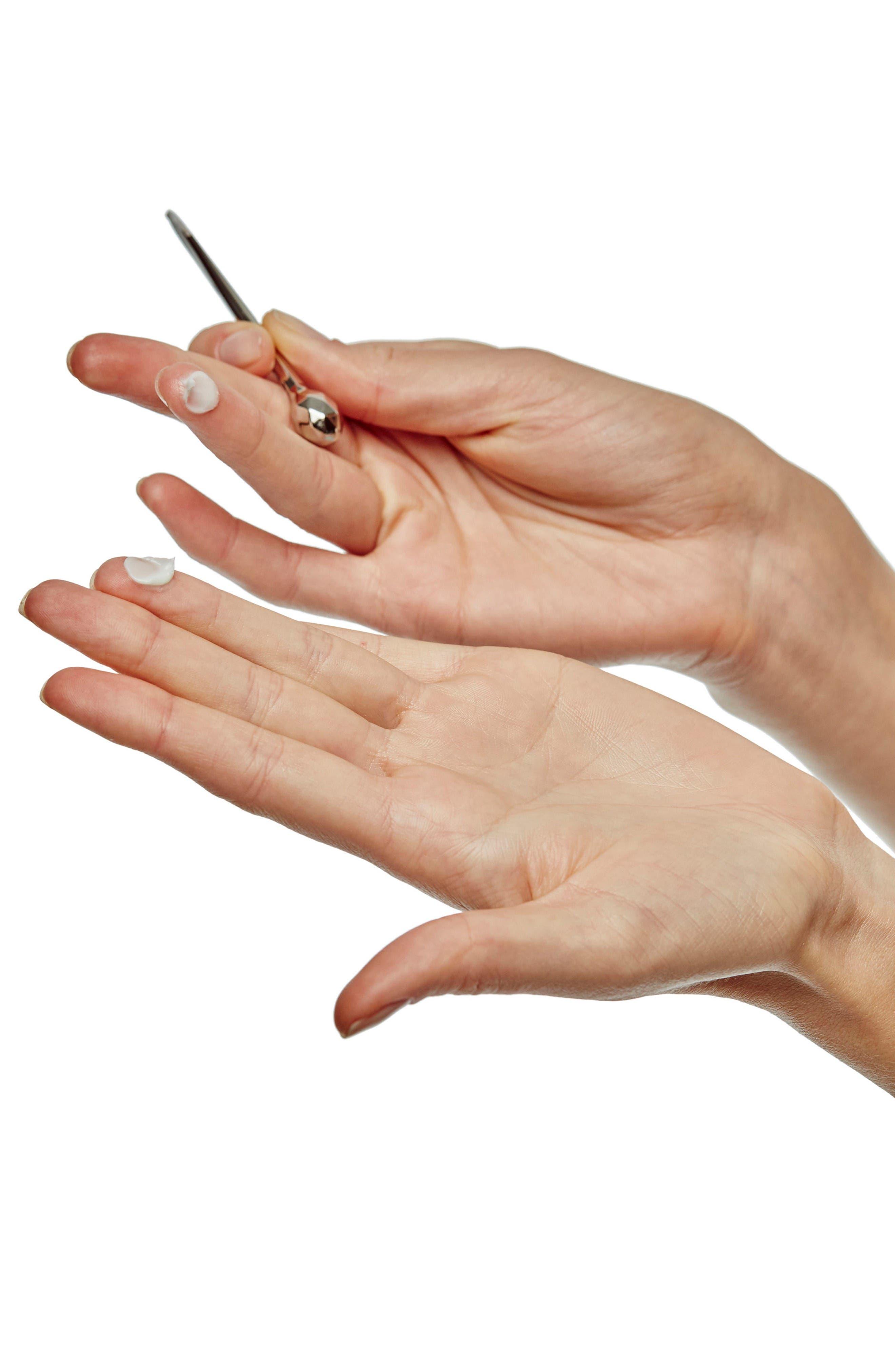 Alternate Image 3  - Clé de Peau Beauté Intensive Eye Contour Cream