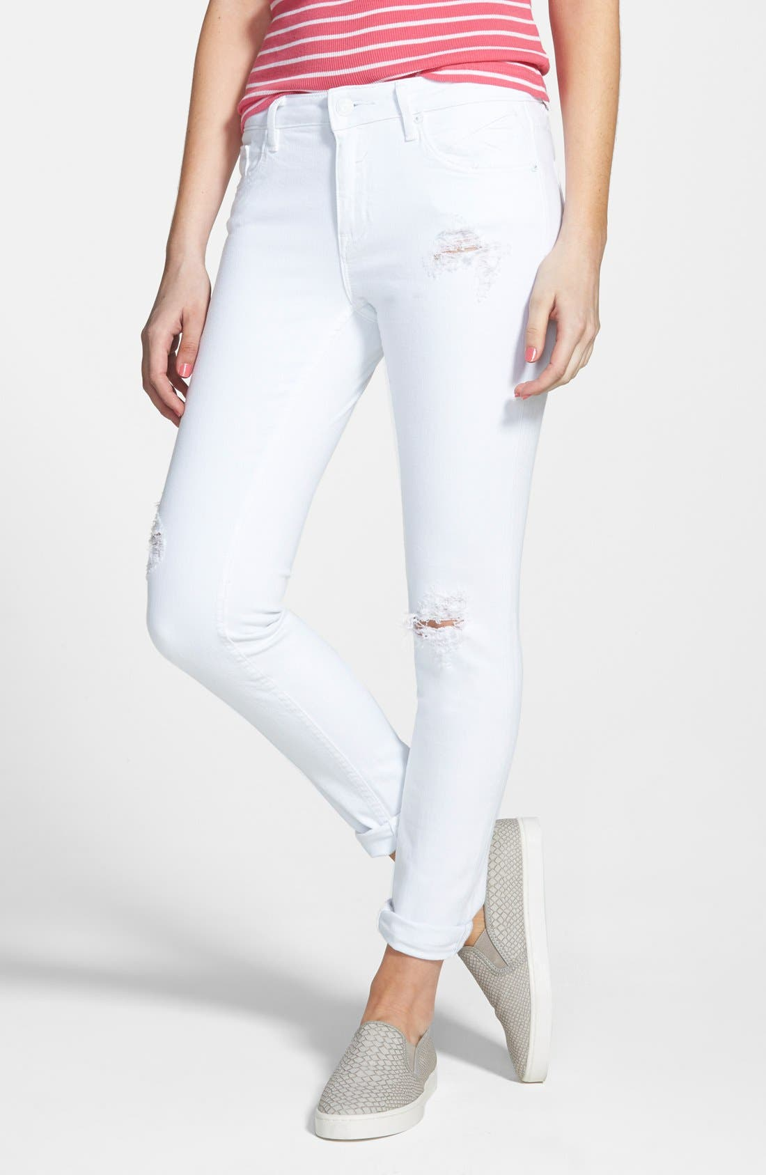 Main Image - Vigoss 'Tomboy' Destroyed Crop Skinny Jeans (White)