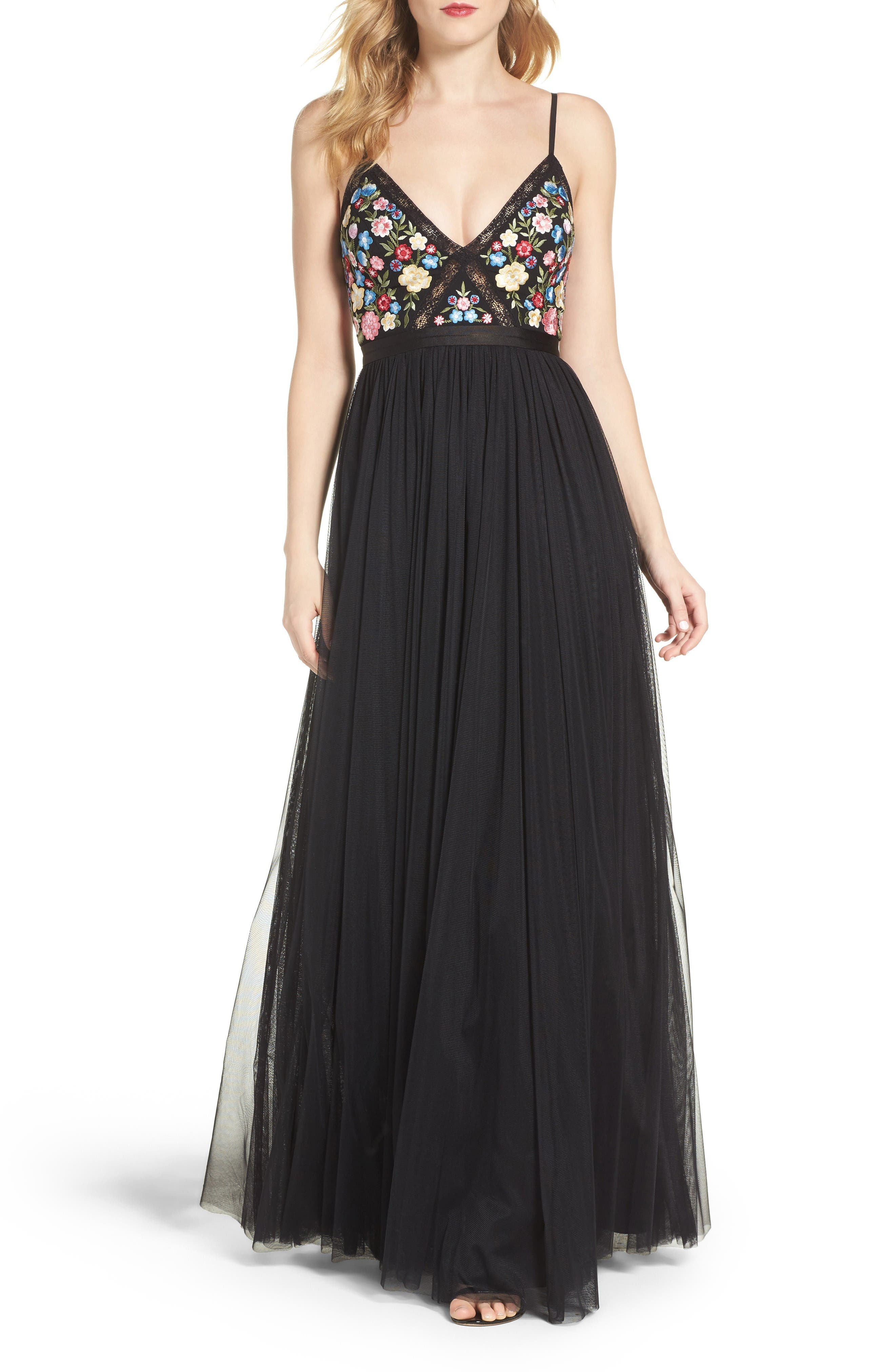 Main Image - Needle & Thread Flower Foliage Tulle Gown