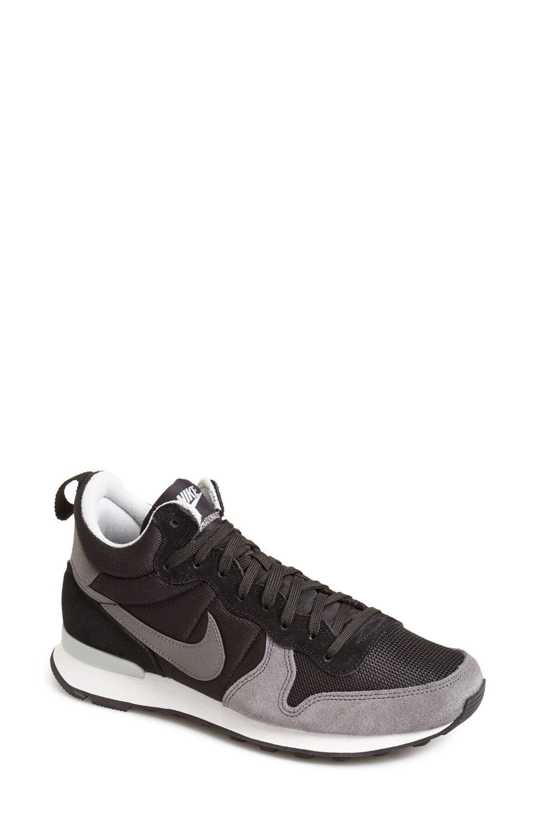 Main Image - Nike 'Internationalist Mid' Sneaker (Women)