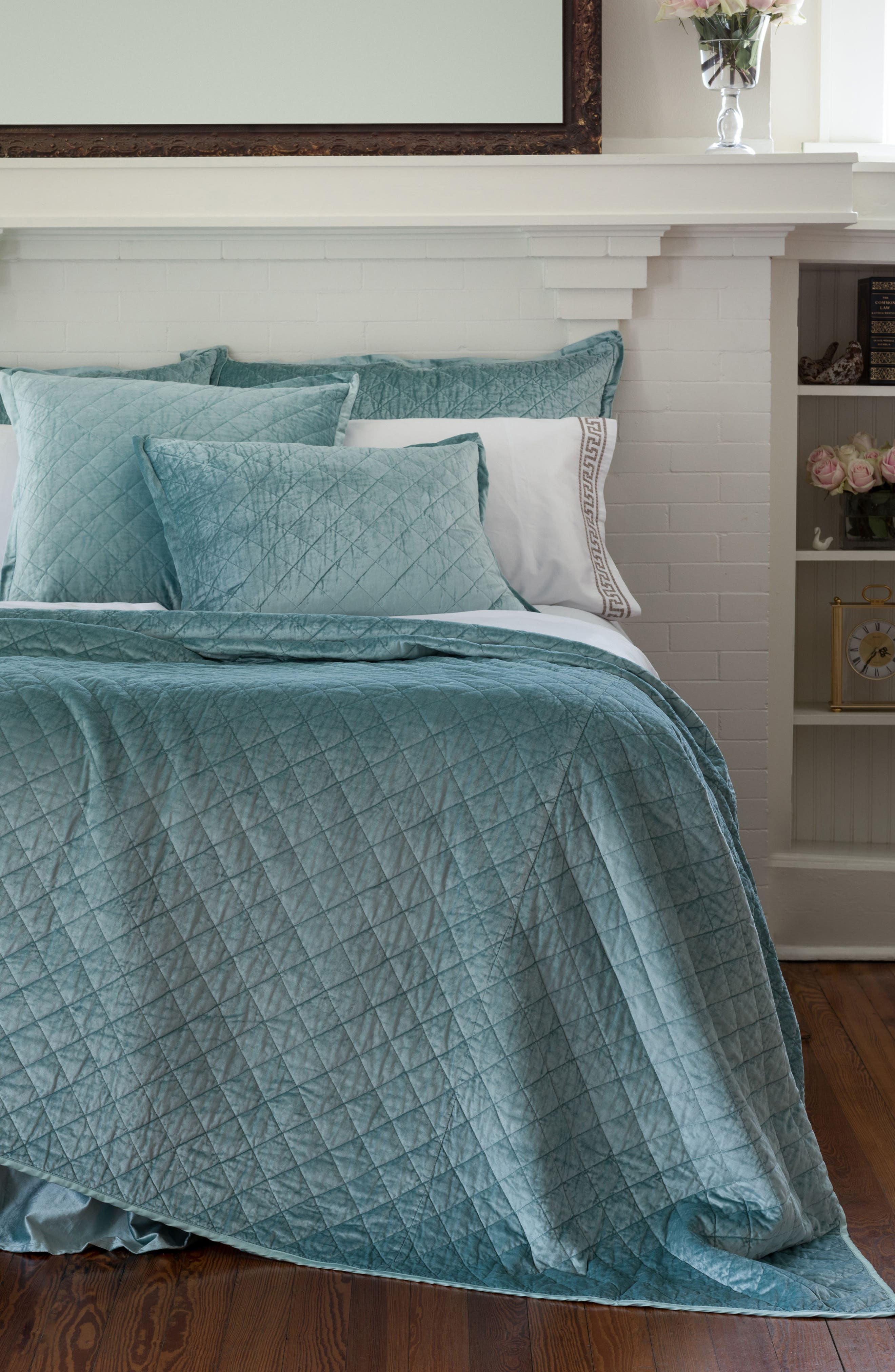Lili Alessandra Chloe Quilted Coverlet