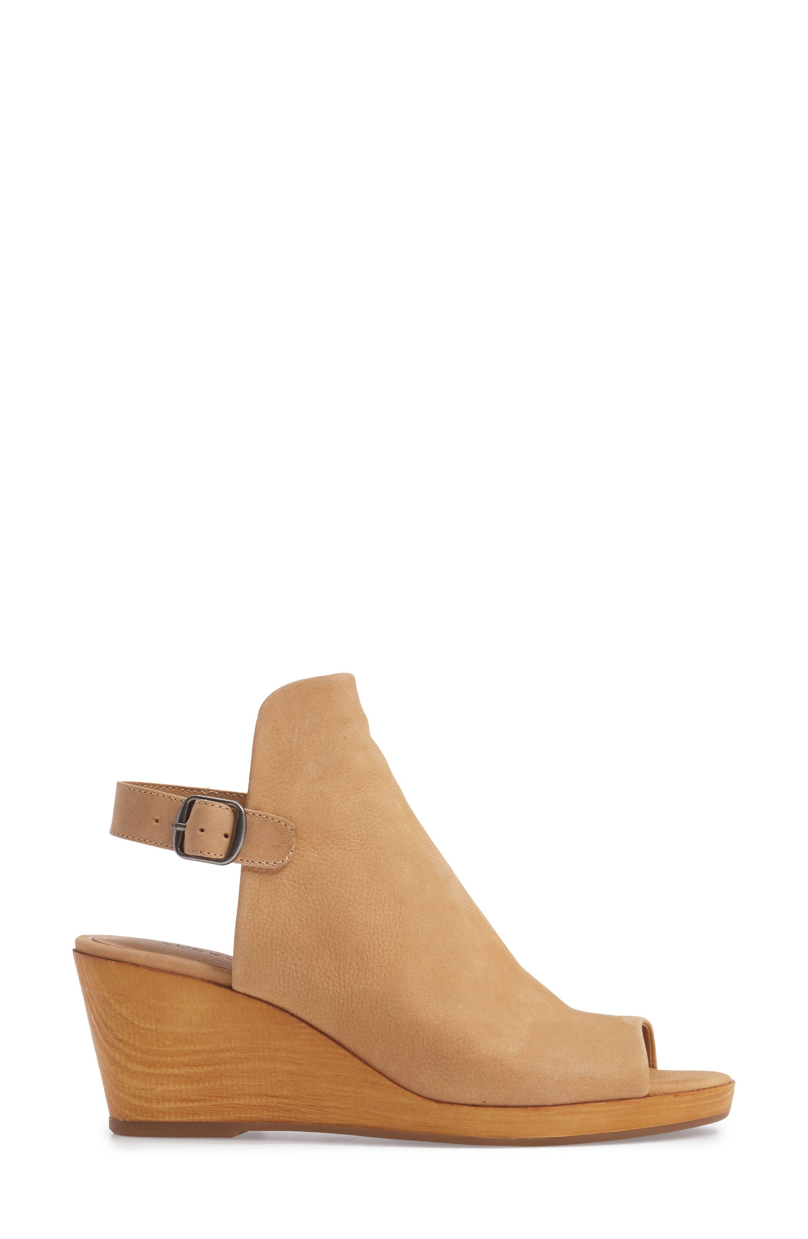 Keralin Wedge Sandal,                             Alternate thumbnail 3, color,                             Glazed Leather