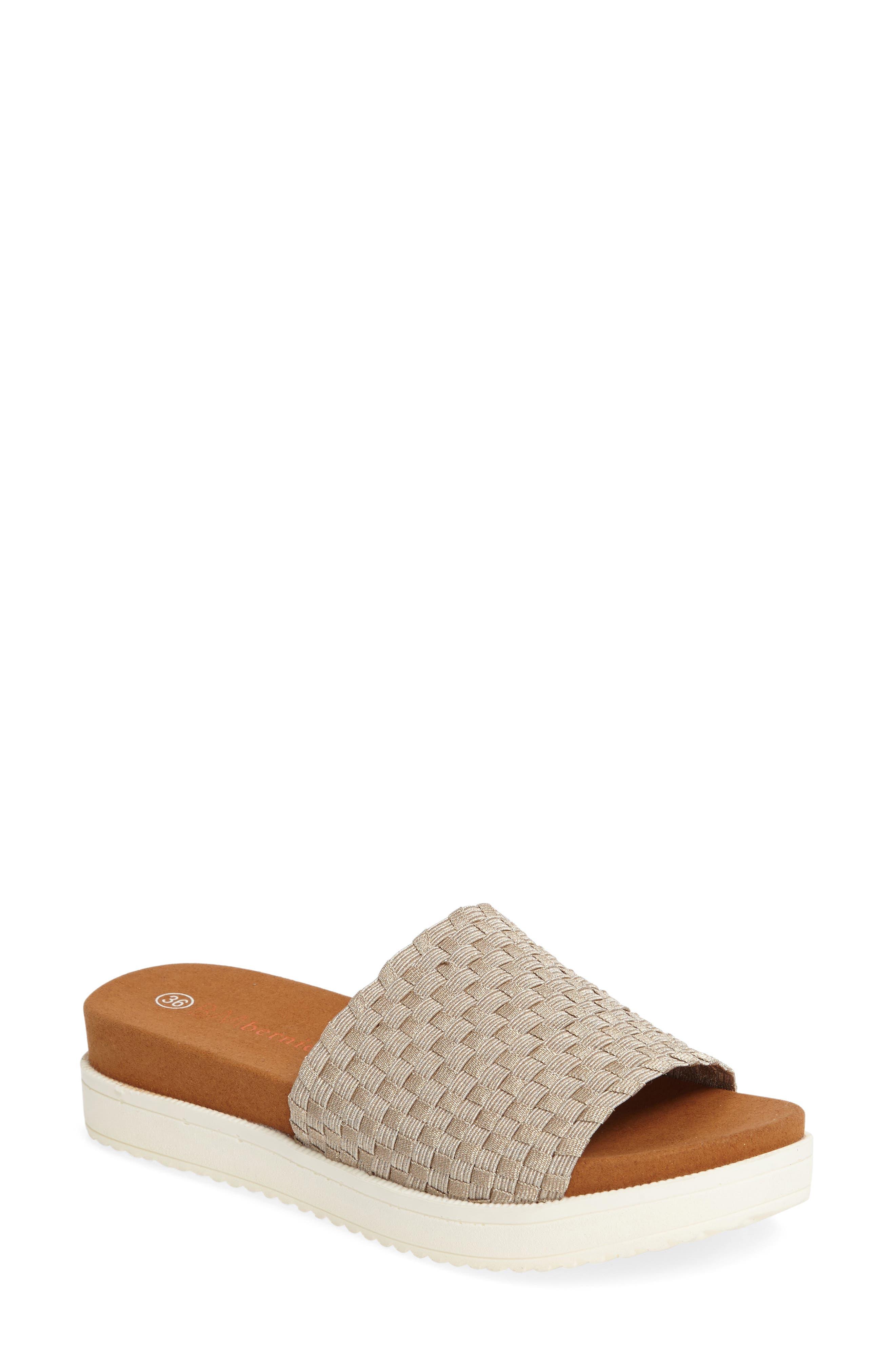 BERNIE MEV. Capri Slide Sandal