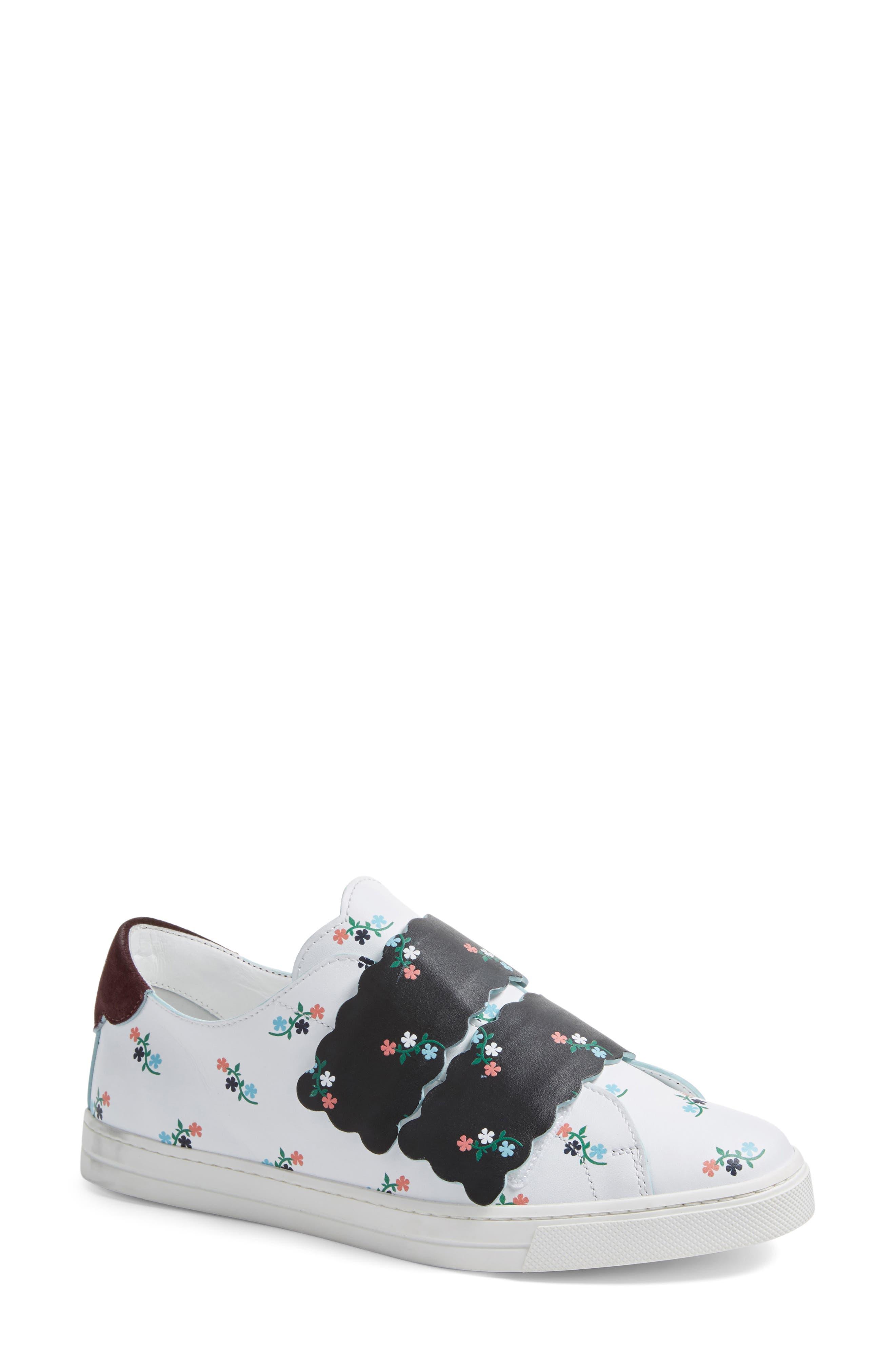 Alternate Image 1 Selected - Fendi Scallop Sneaker (Women)