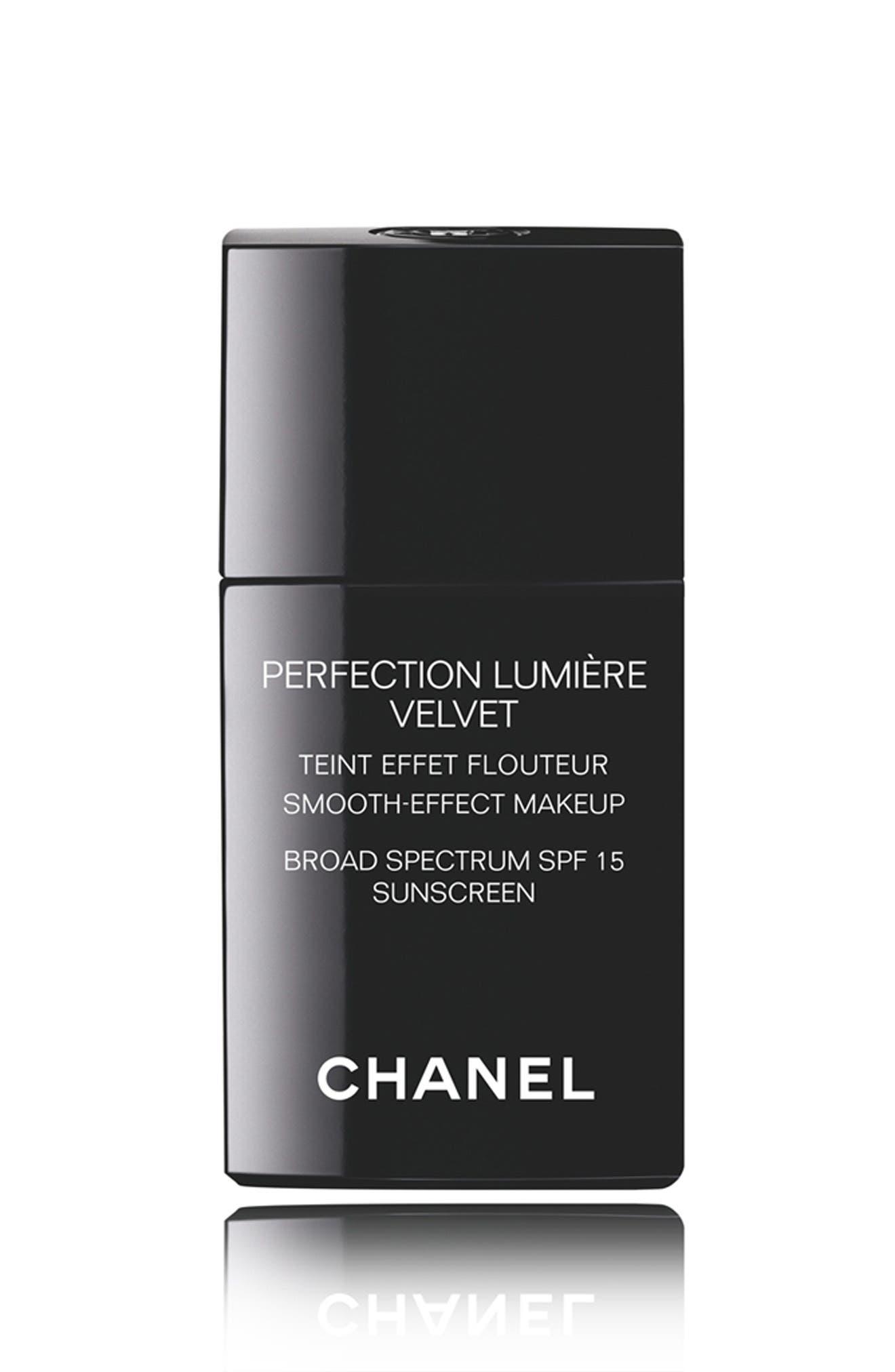 PERFECTION LUMIÈRE VELVET<br />Smooth-Effect Makeup Broad Spectrum SPF 15 Sunscreen,                         Main,                         color, 30 Beige