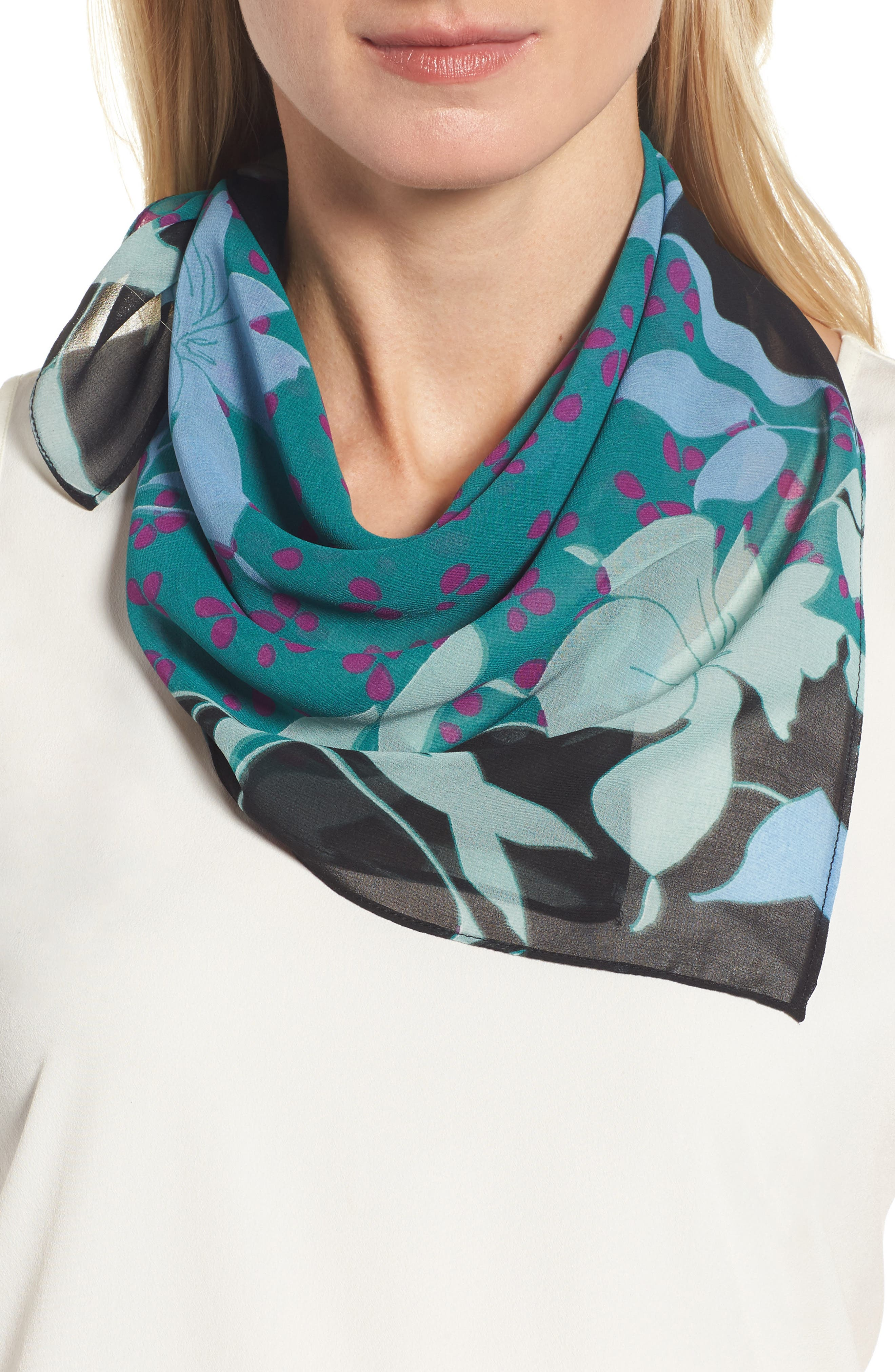 HALOGEN<SUP>®</SUP> Floral Square Scarf