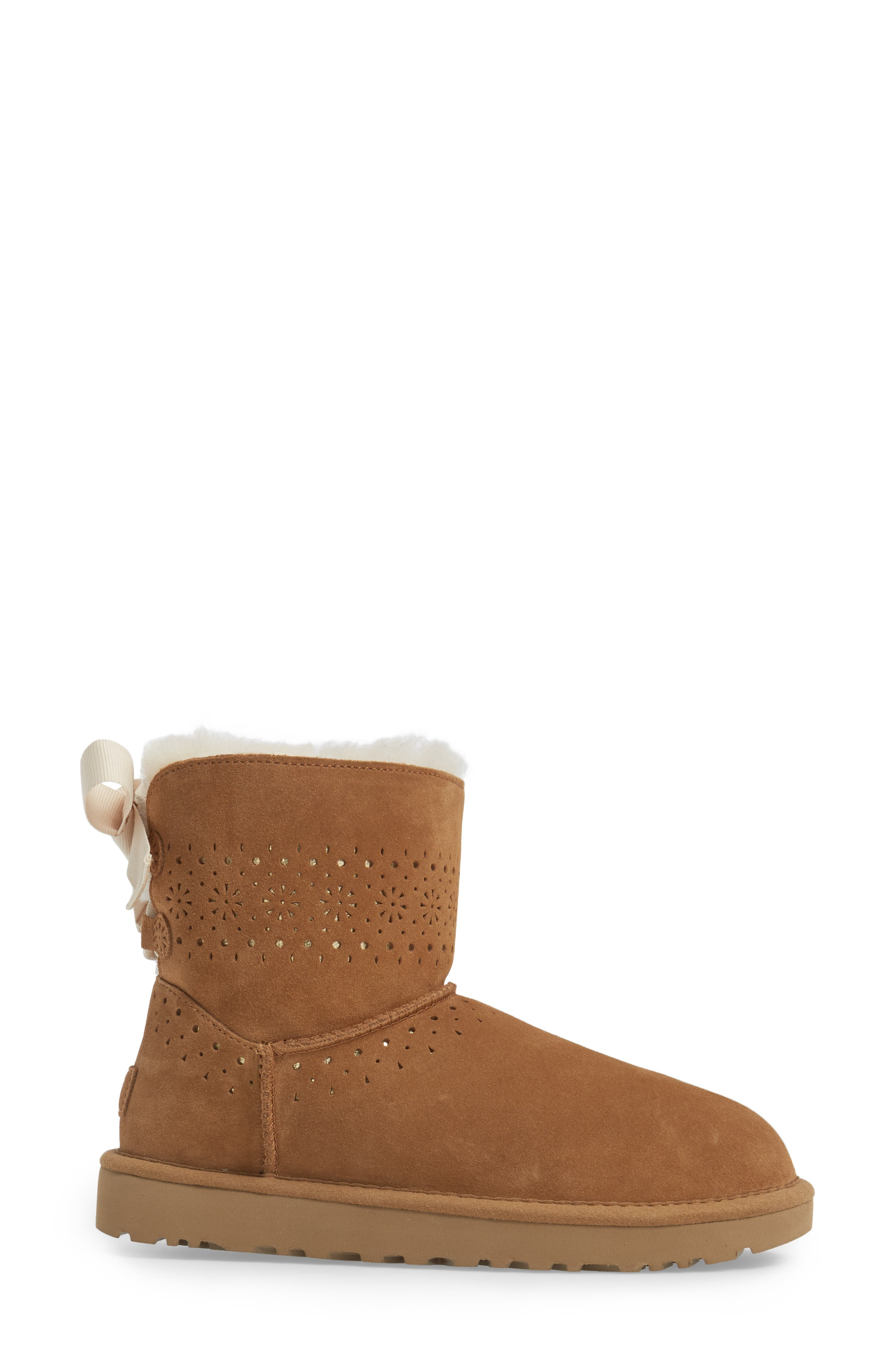 Alternate Image 3  - UGG® Dae Sunshine Boot (Women)