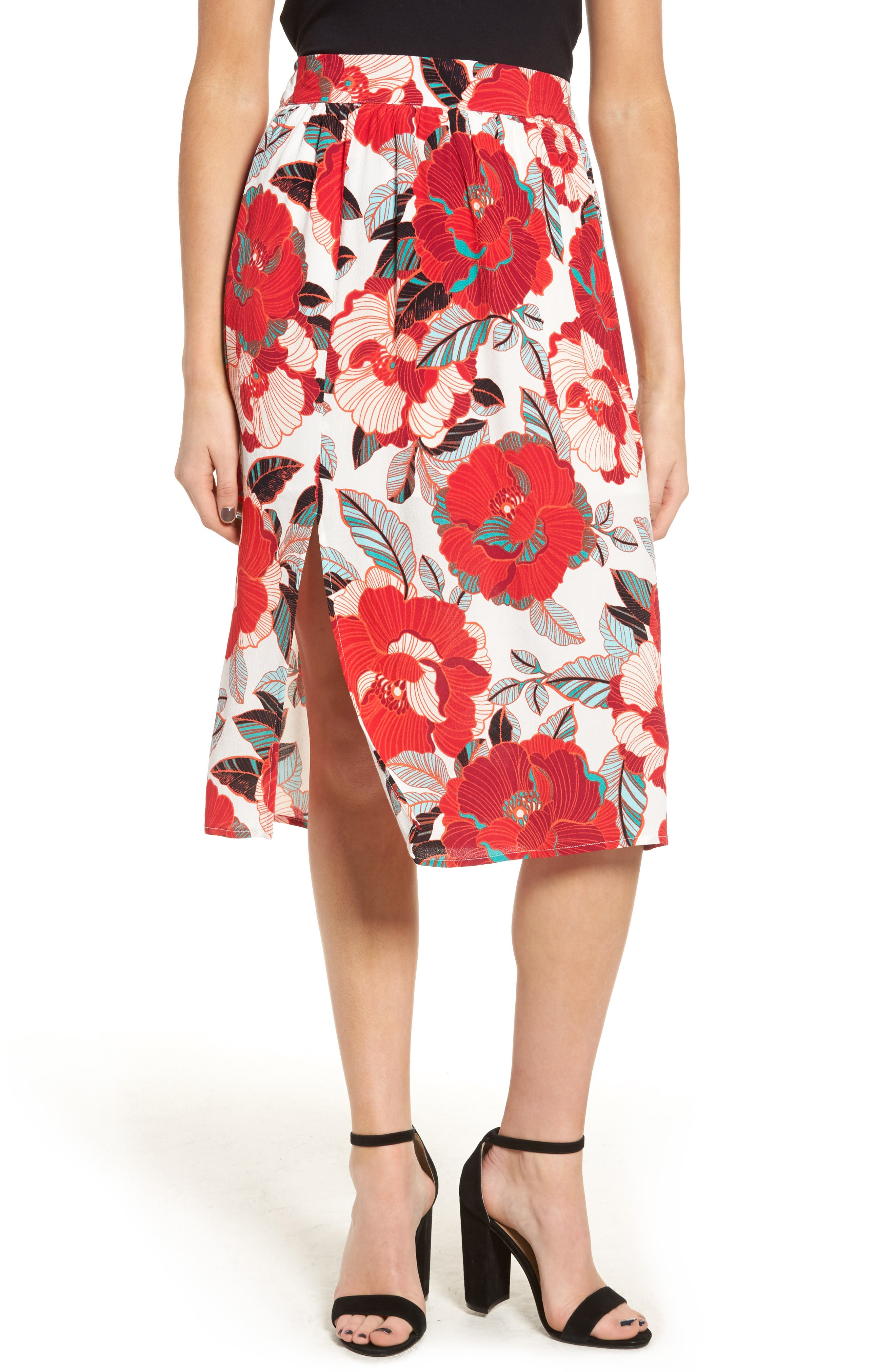 CUPCAKES AND CASHMERE Linden Floral Skirt