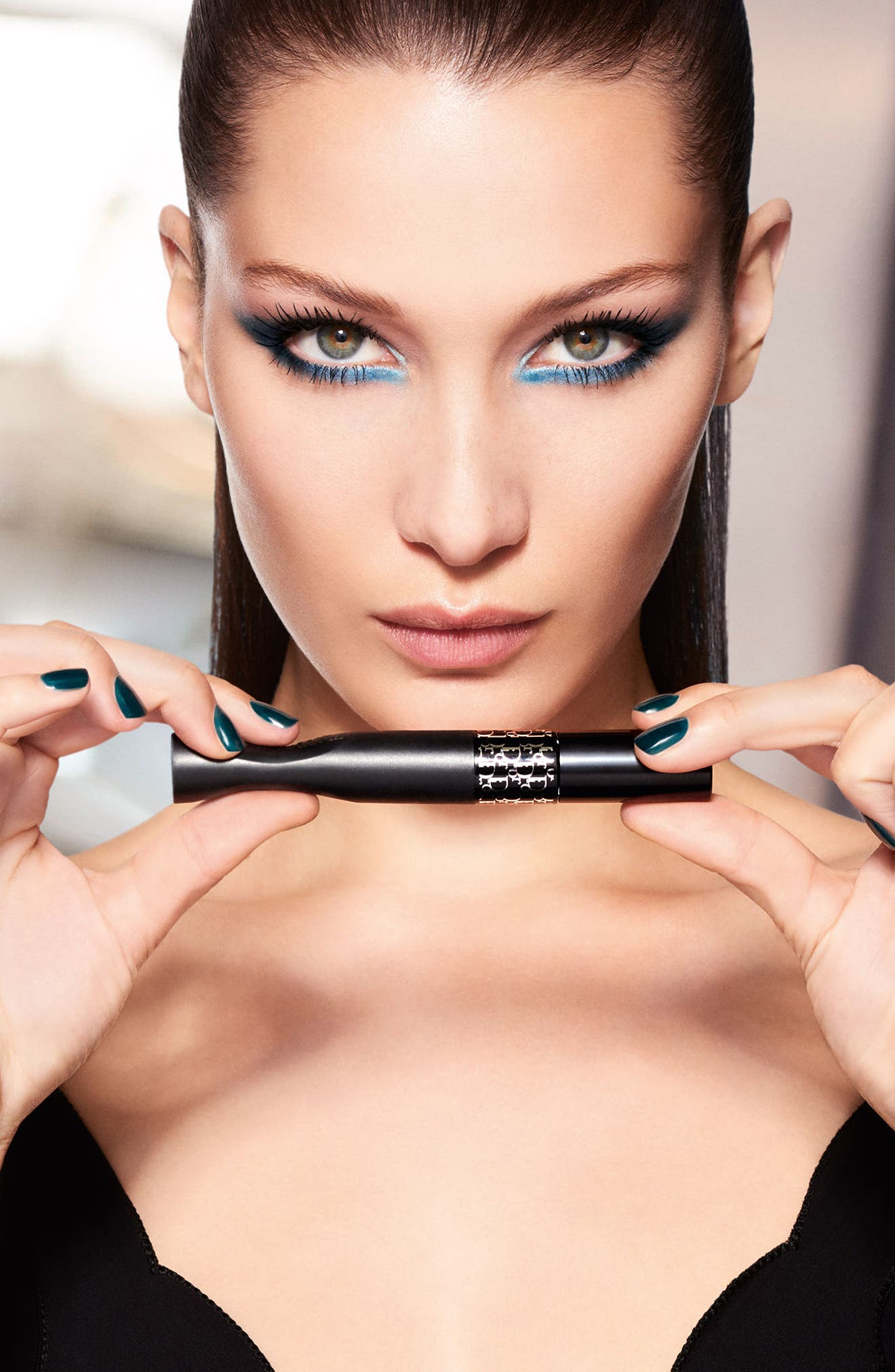 Alternate Image 3  - Dior Diorshow PumpnVolume Instant Volume Squeezable Mascara