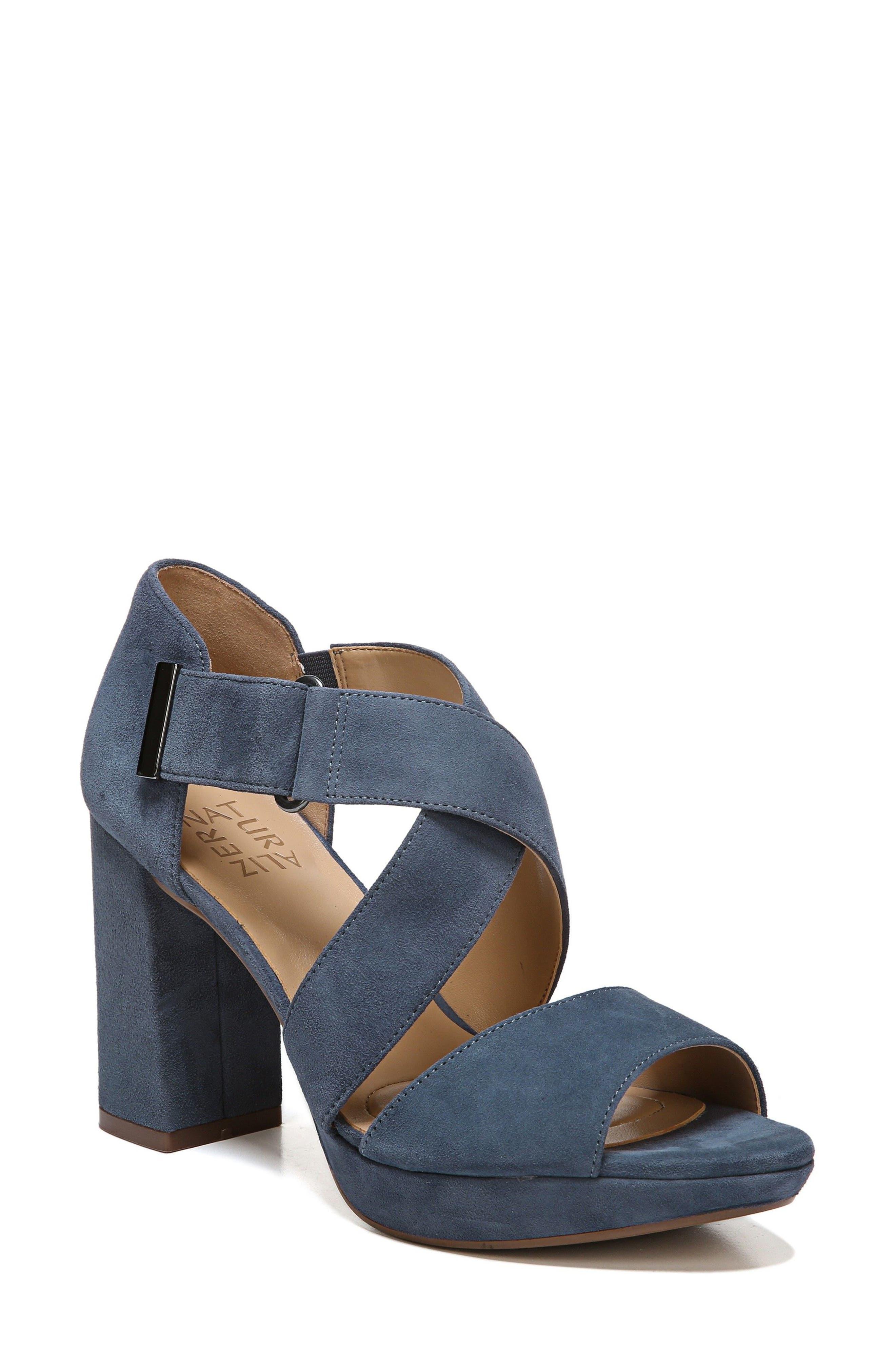 Alternate Image 1 Selected - Naturalizer Harper Platform Sandal (Women)