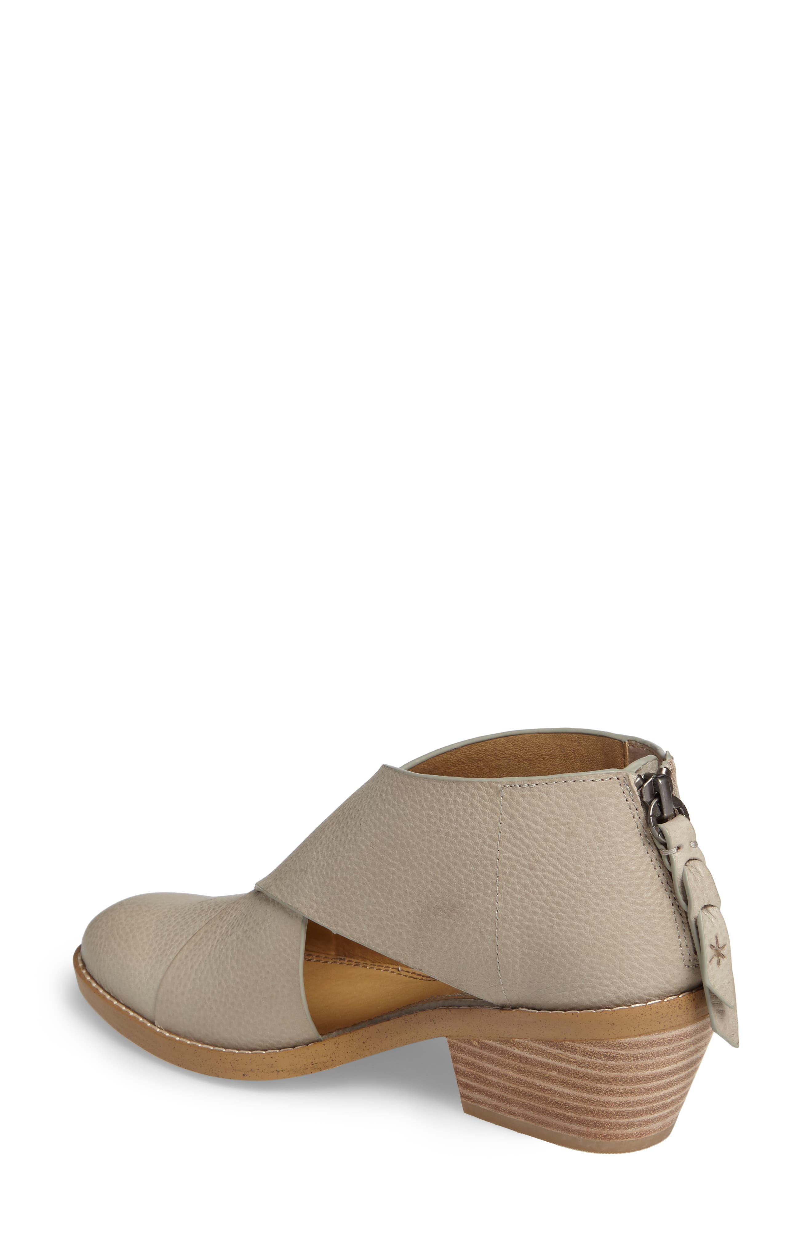 Danele Cutout Bootie,                             Alternate thumbnail 2, color,                             Pearl Grey Leather
