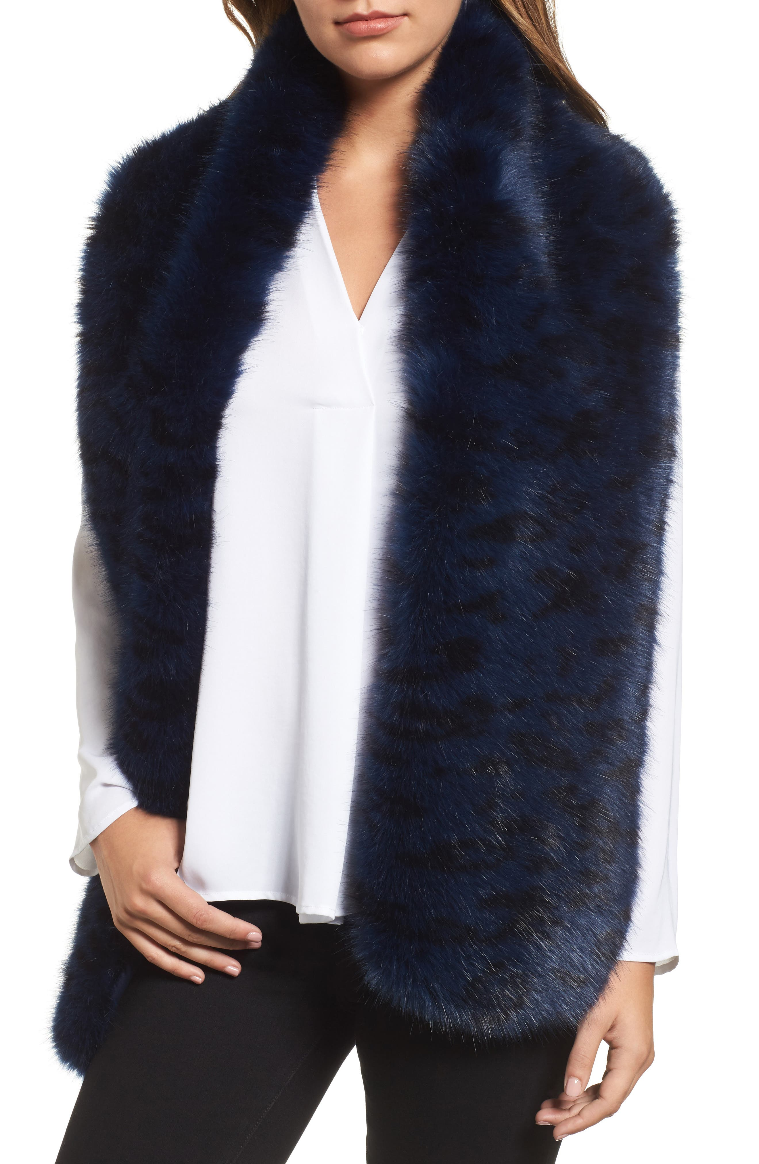 Halogen® Cool Tiger Faux Fur Stole