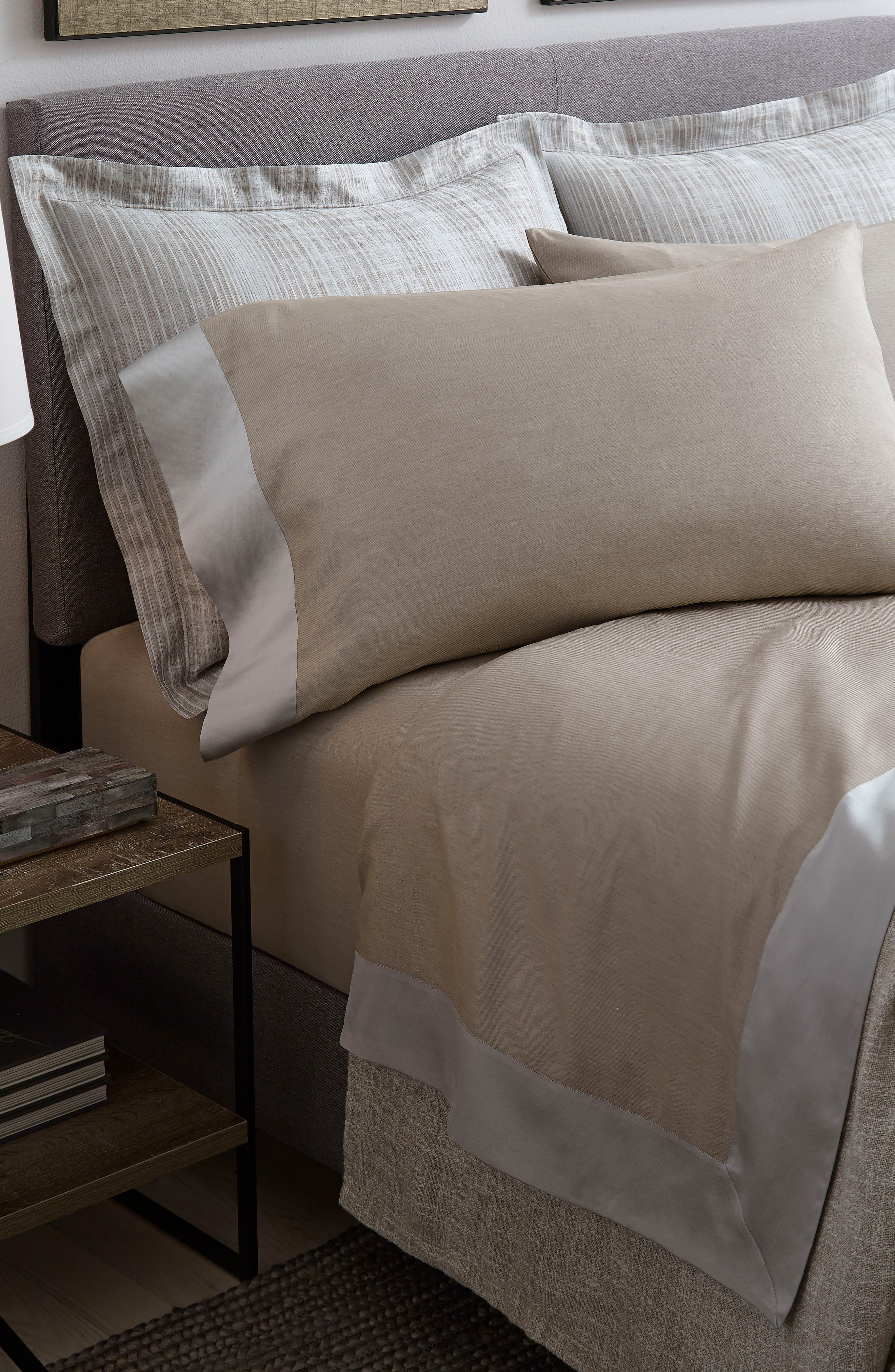 Larro 420 Thread Count Fitted Sheet,                             Alternate thumbnail 2, color,                             Nougat