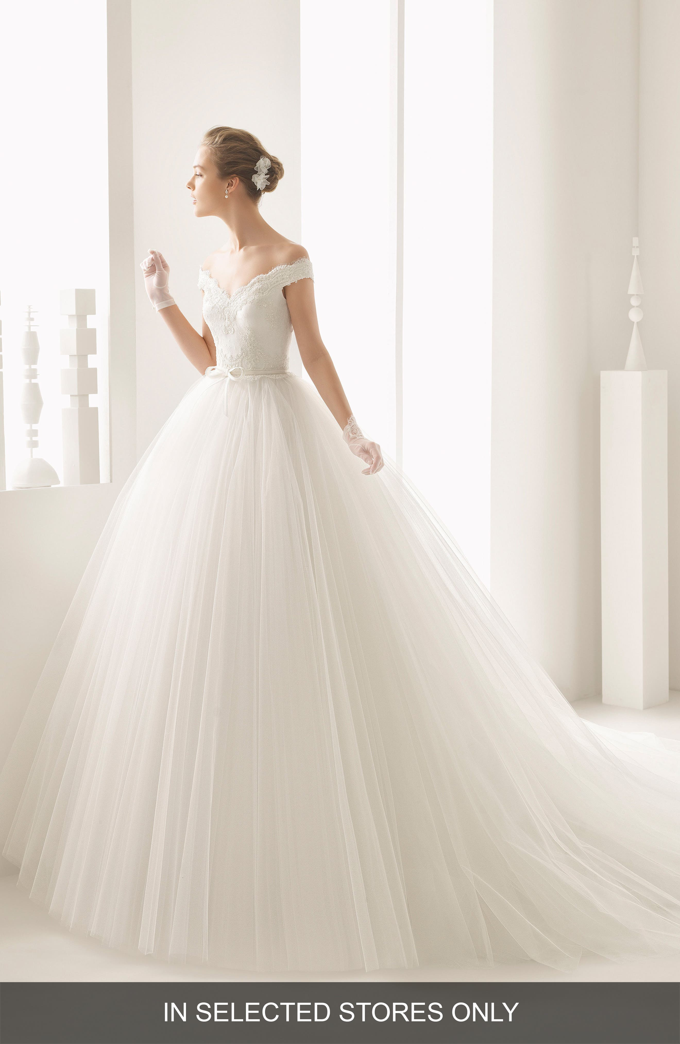 Neira Off the Shoulder Lace & Tulle Gown,                         Main,                         color, Natural