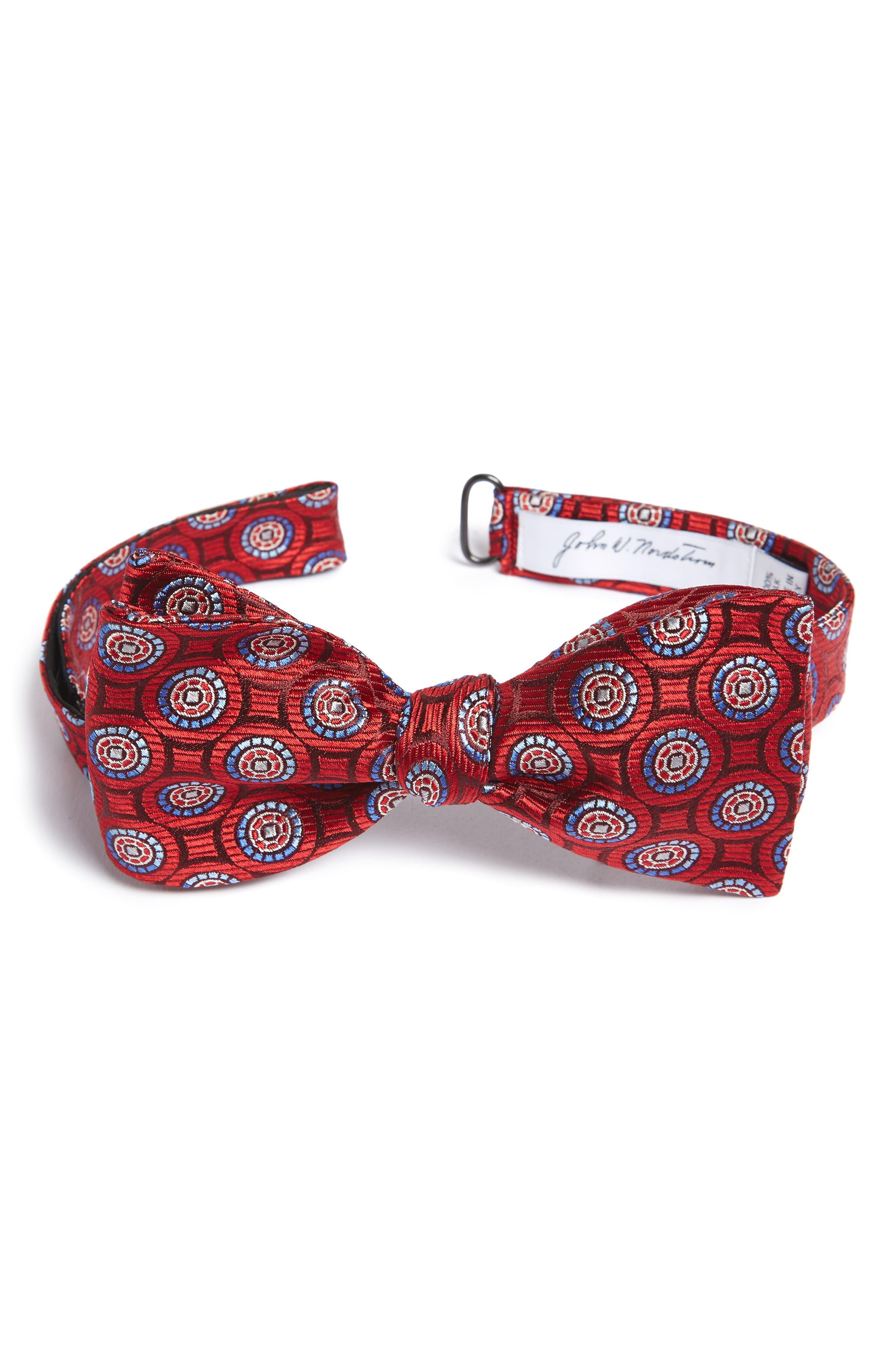 John W. Nordstrom® Medallion Silk Bow Tie