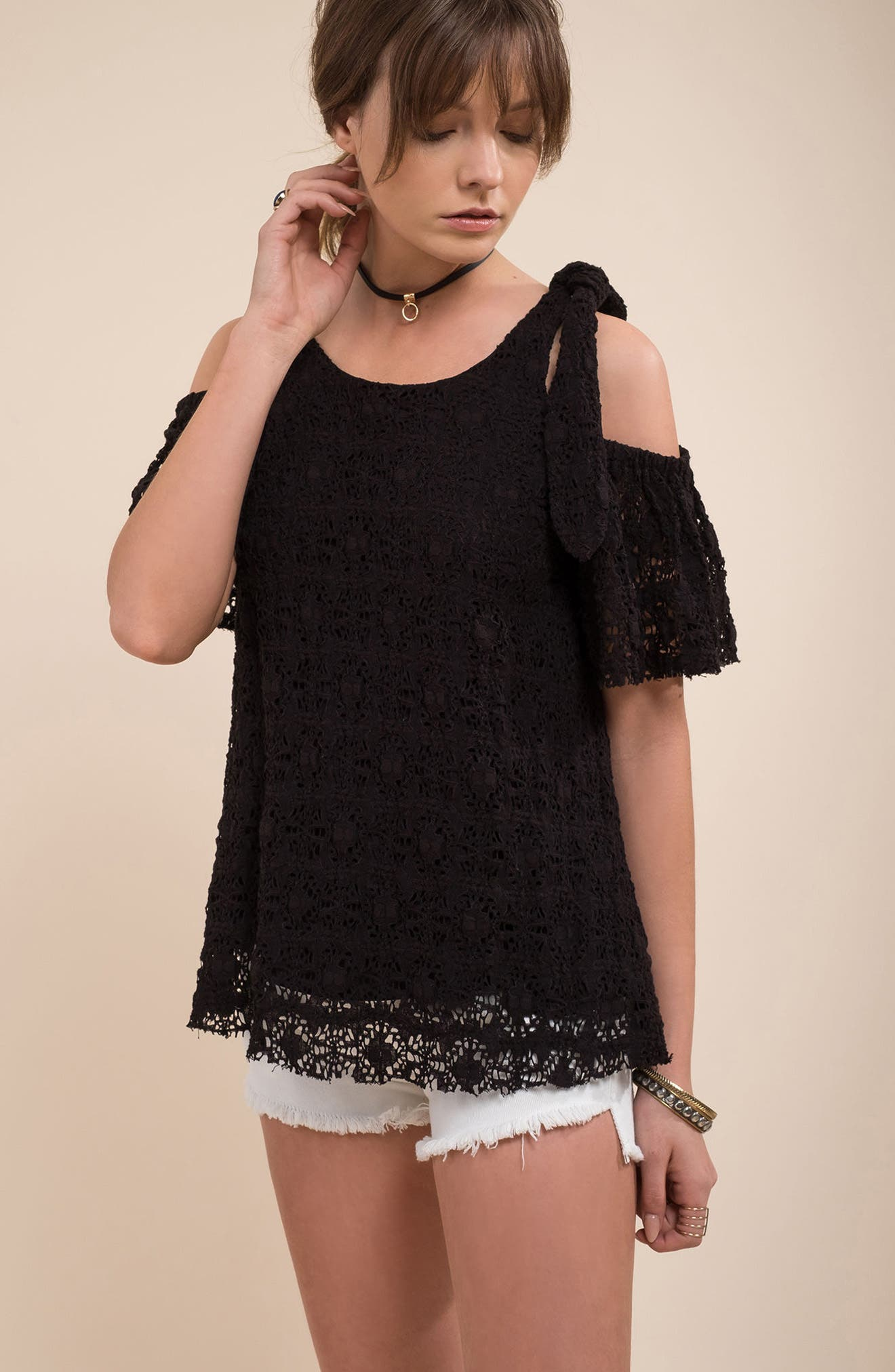 Alternate Image 7  - MOON RIVER Textured Knit Tie Cold Shoulder Top