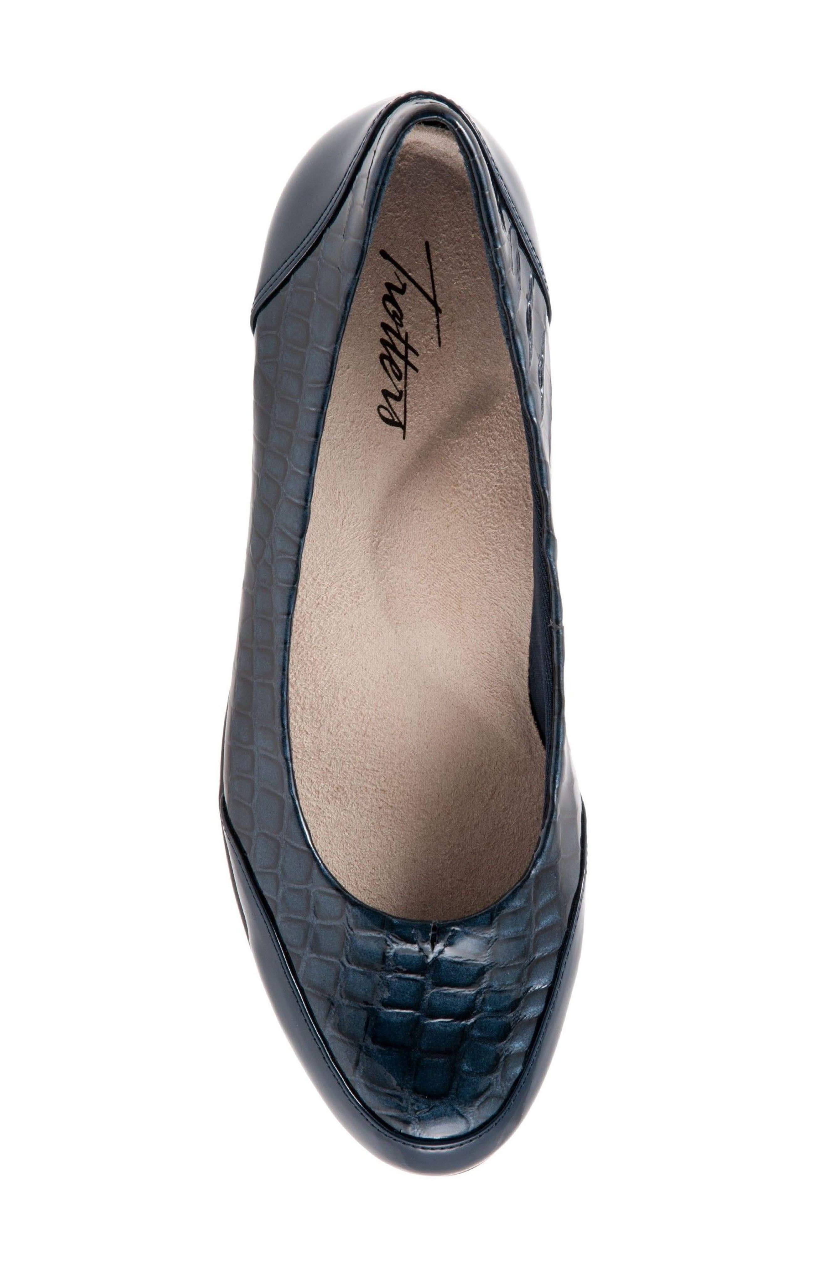 Arnello Flat,                             Alternate thumbnail 5, color,                             Navy Leather