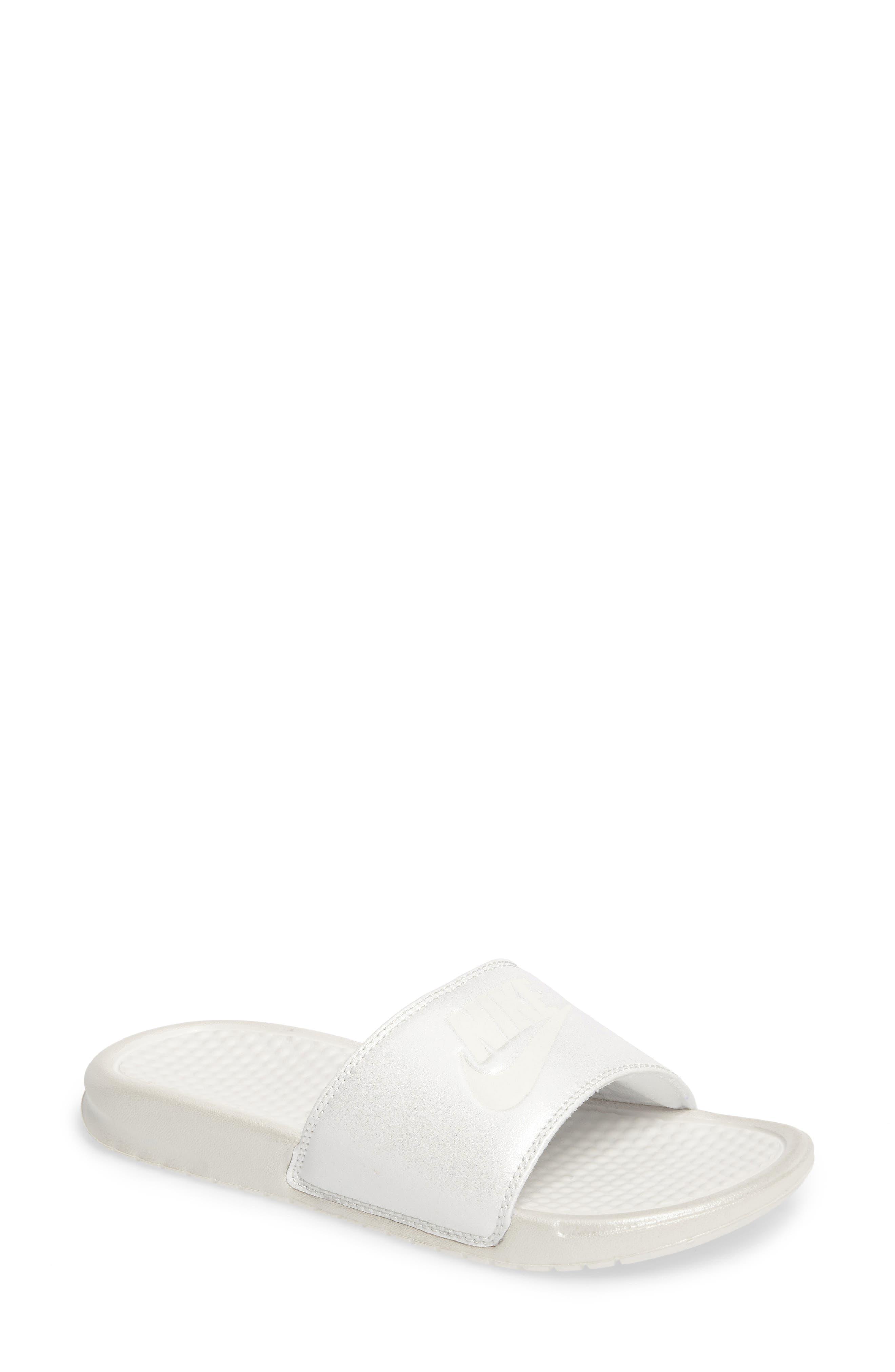 NIKE Benassi Slide Sandal