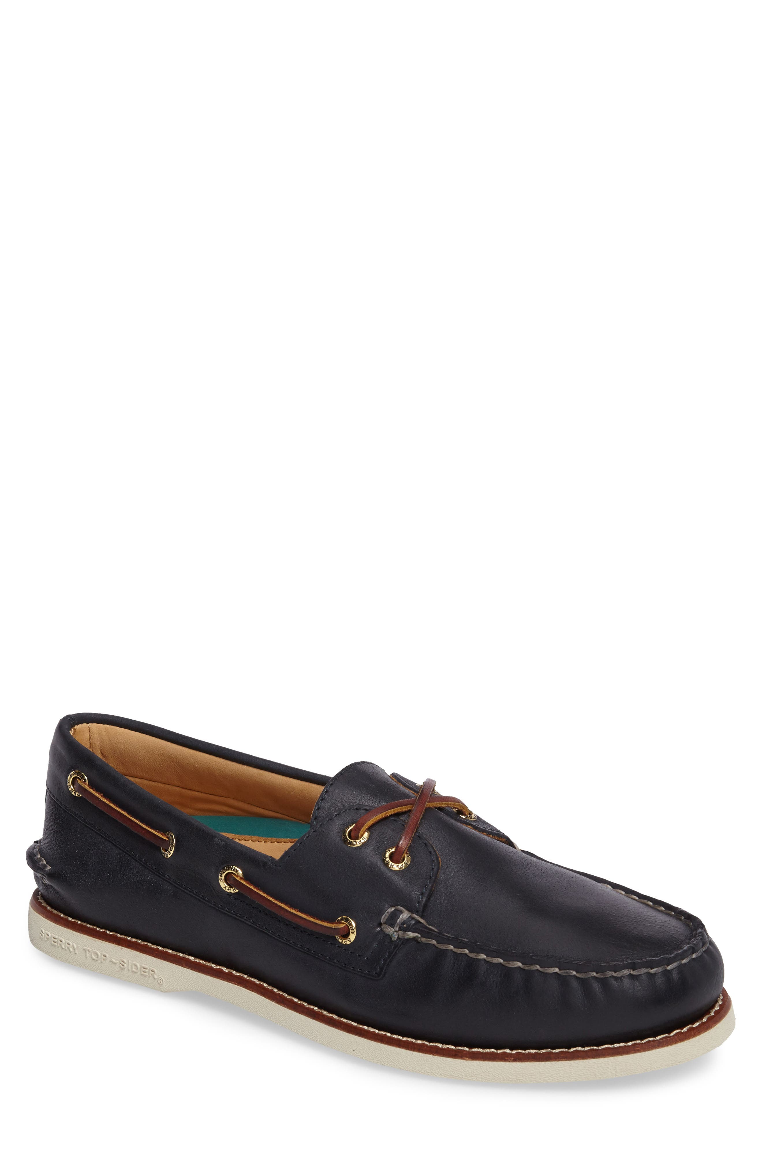 SPERRY 'Gold Cup - Authentic Original' Boat Shoe in Navy Leather