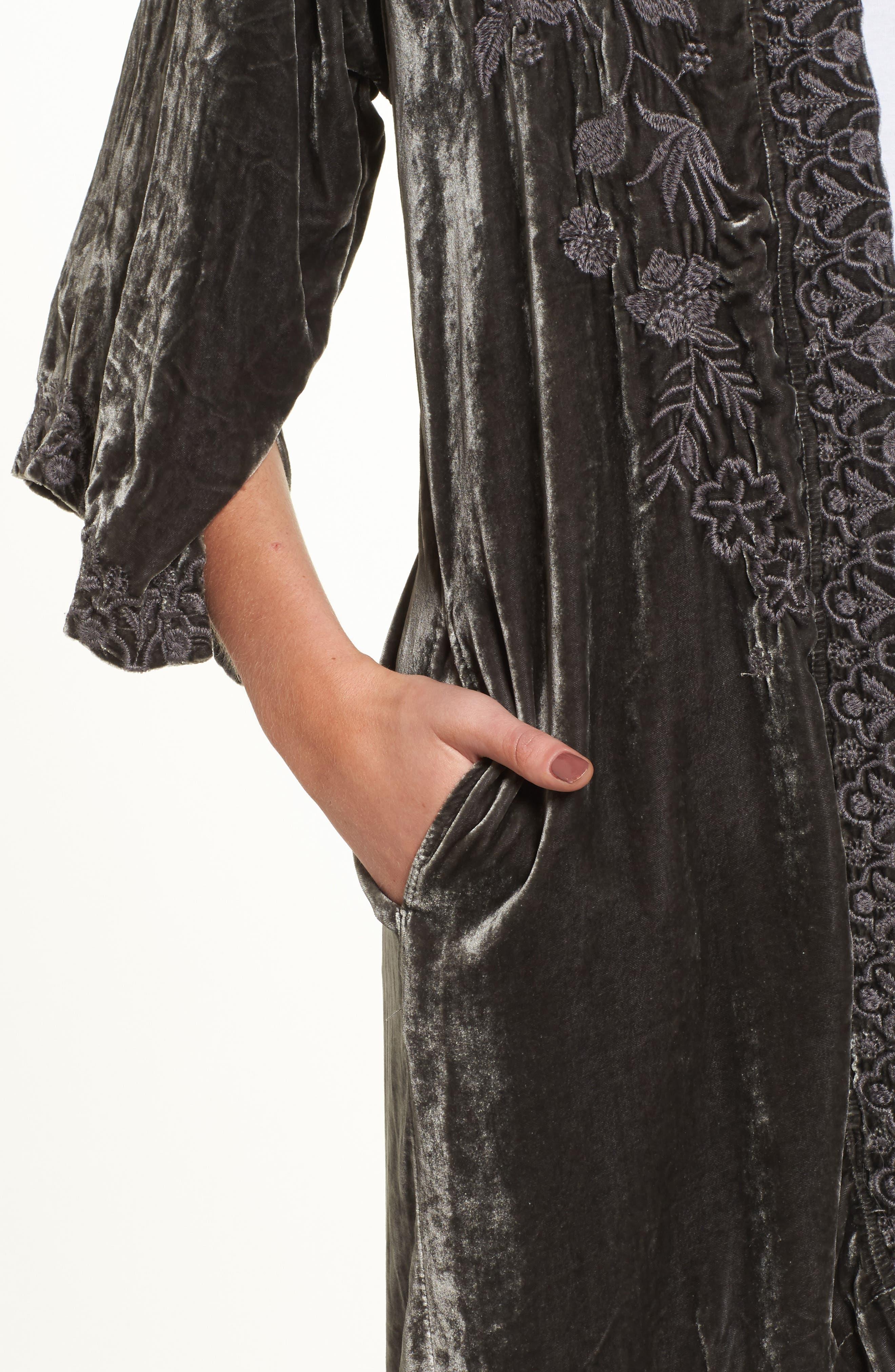 Parina Embroidered Velvet Kimono,                             Alternate thumbnail 4, color,                             Steel Grey