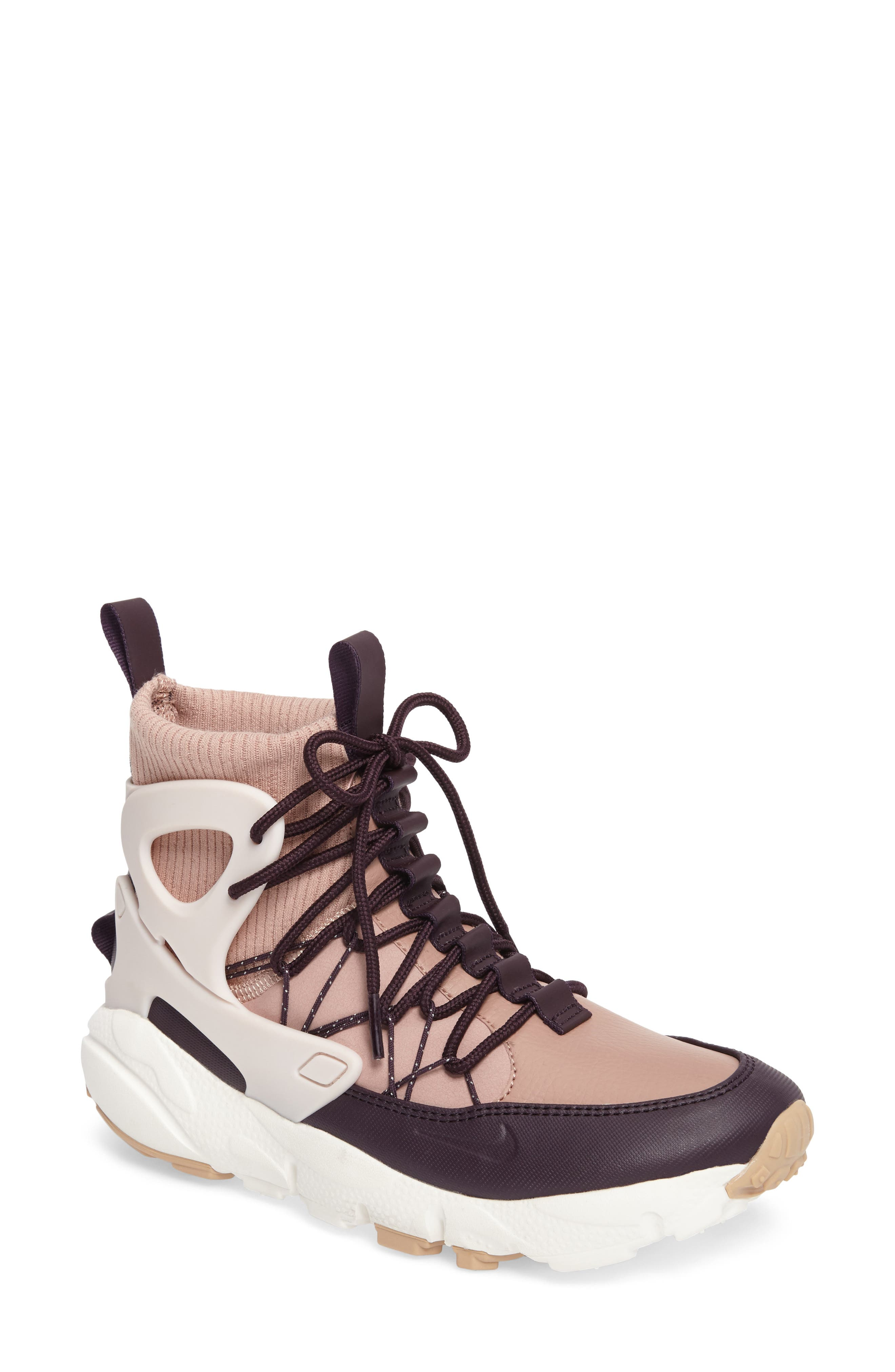 Nike Air Footscape Mid Sneaker Boot (Women)