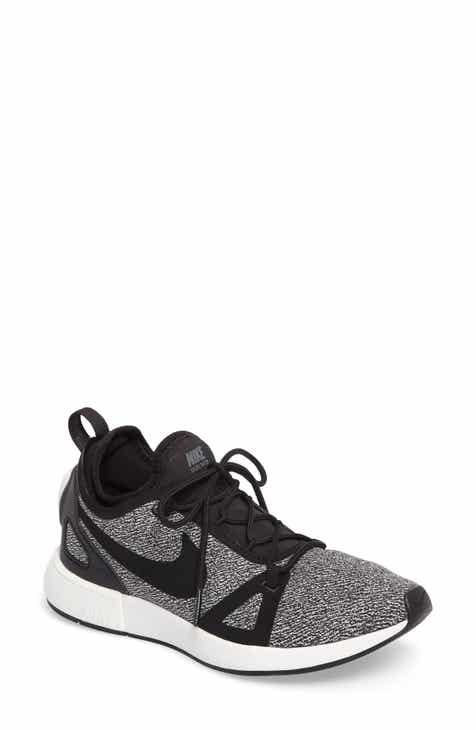 Nike Duel Racer Knit Running Shoe (Women)
