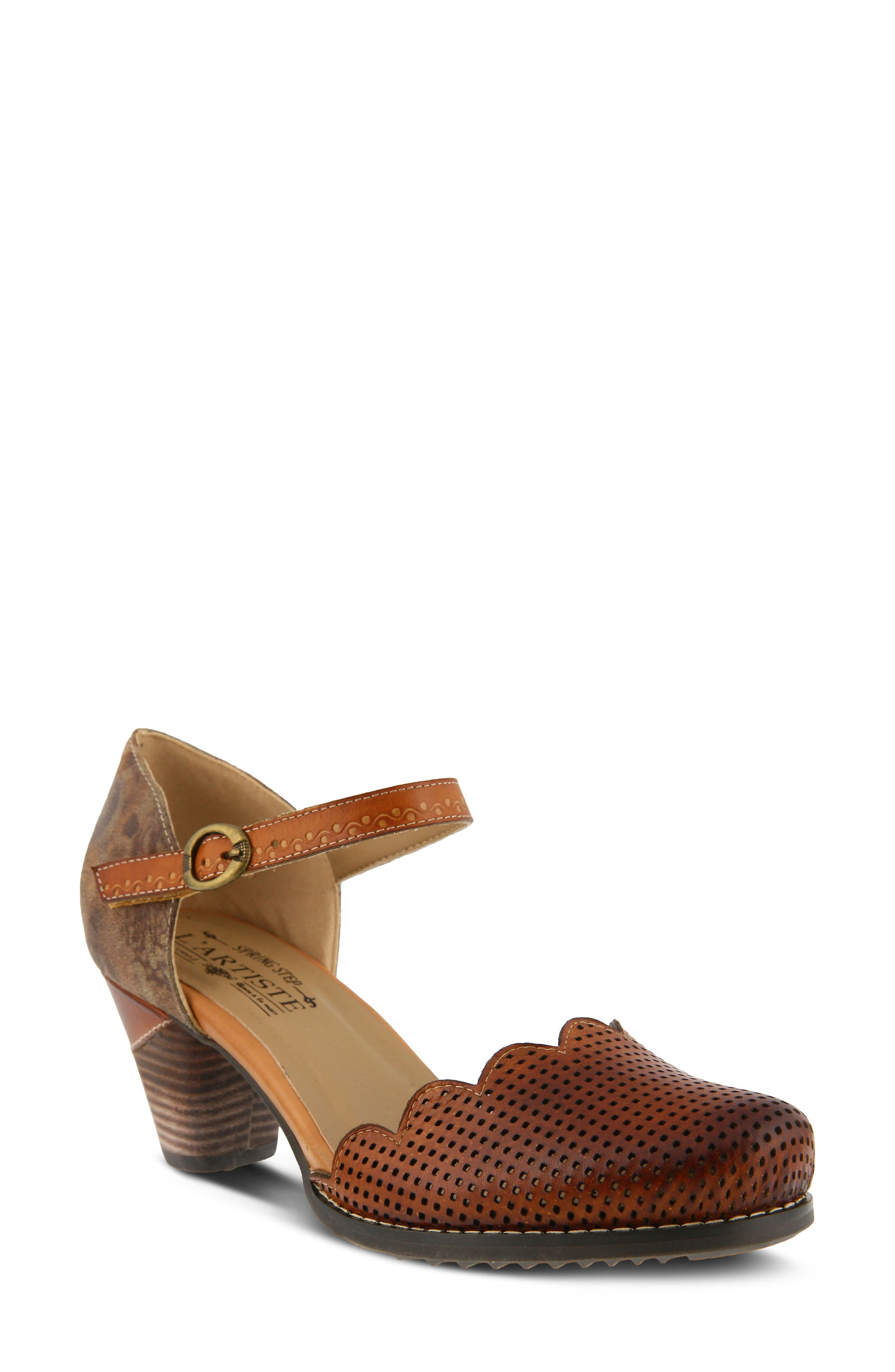 L'Artiste Parchelle Pump,                             Main thumbnail 1, color,                             Camel Leather