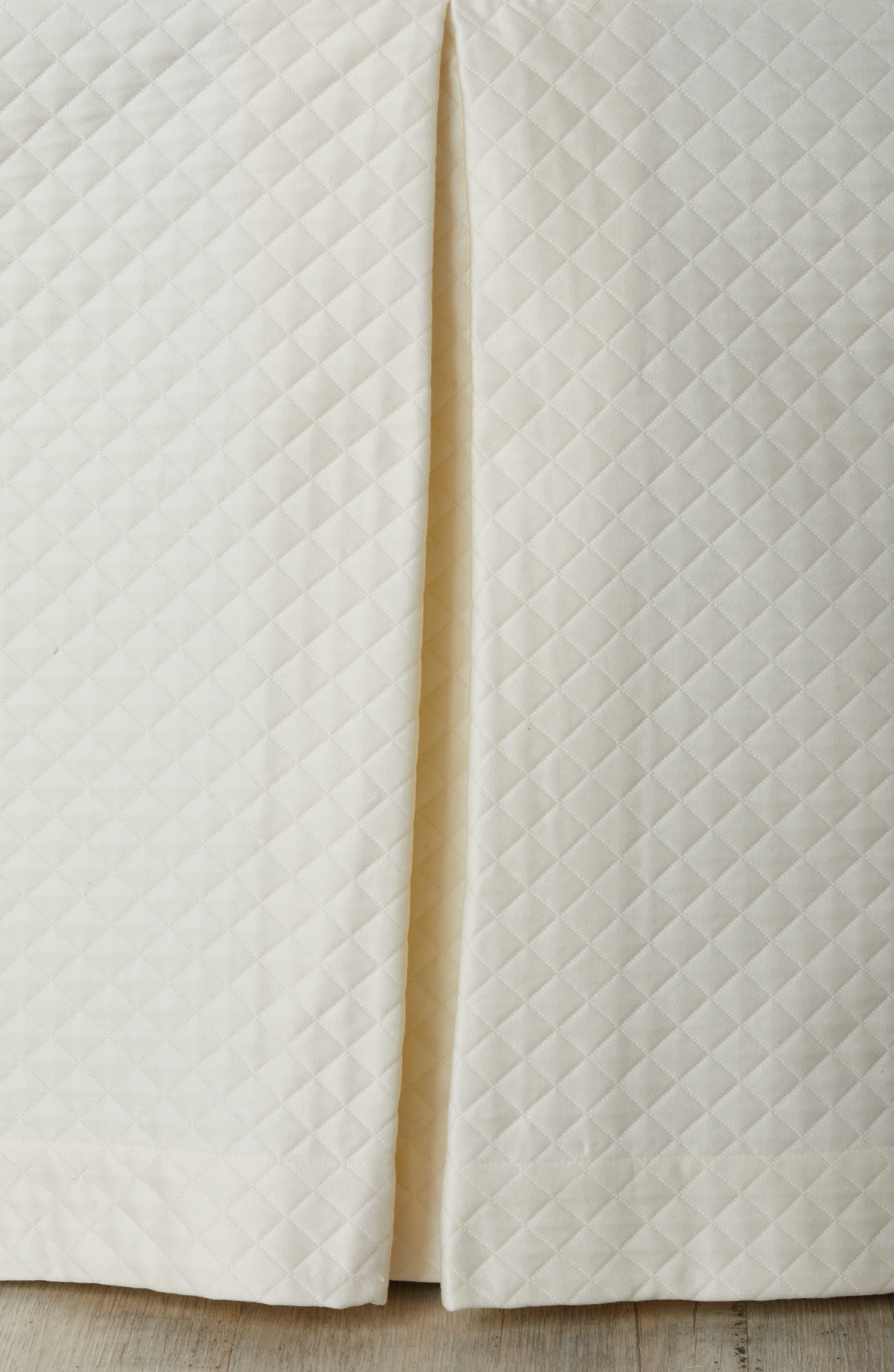 SFERRA Bari Dust Ruffle