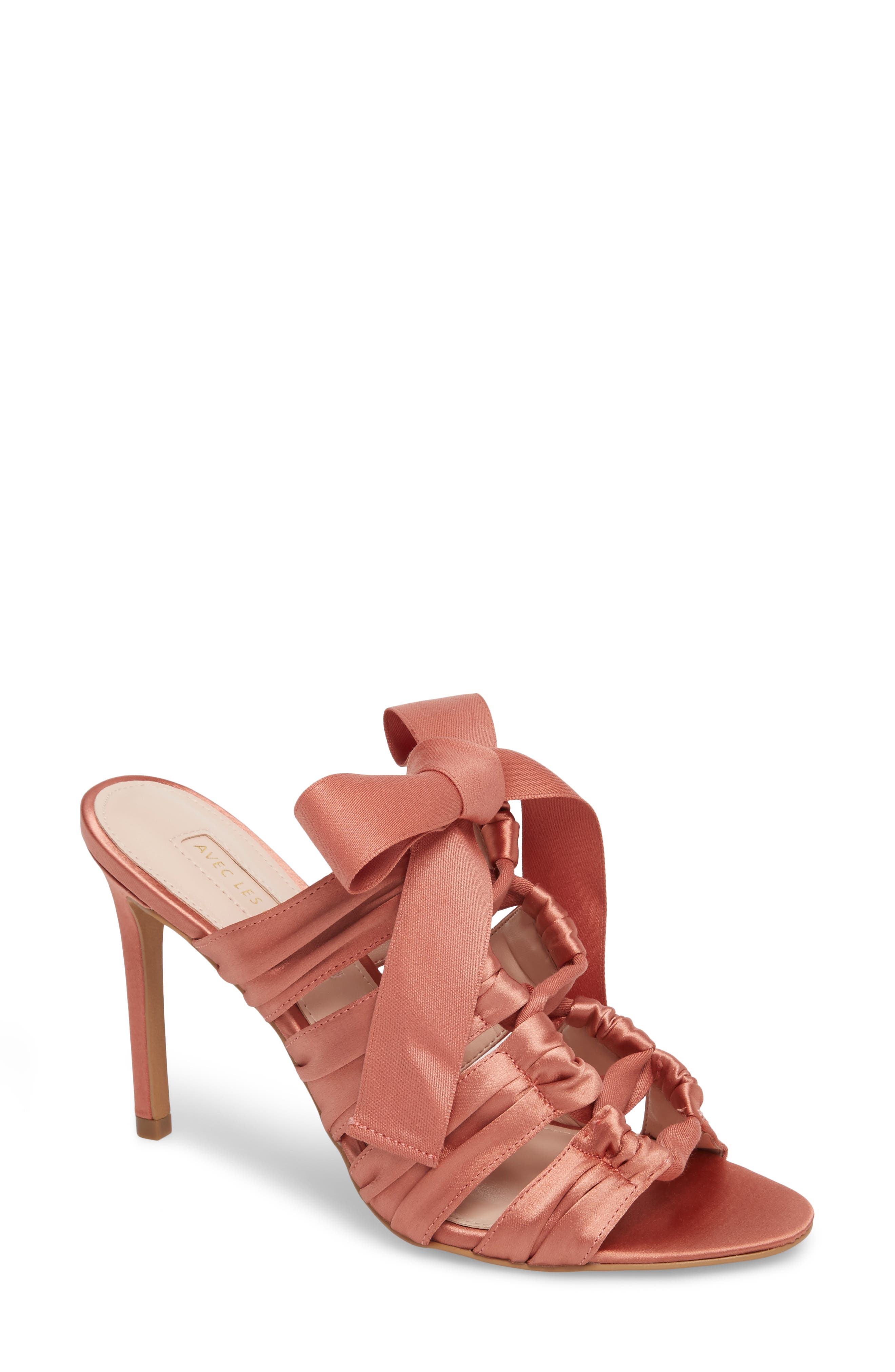 Alternate Image 1 Selected - Avec les Filles Janelle Bow Sandal (Women)