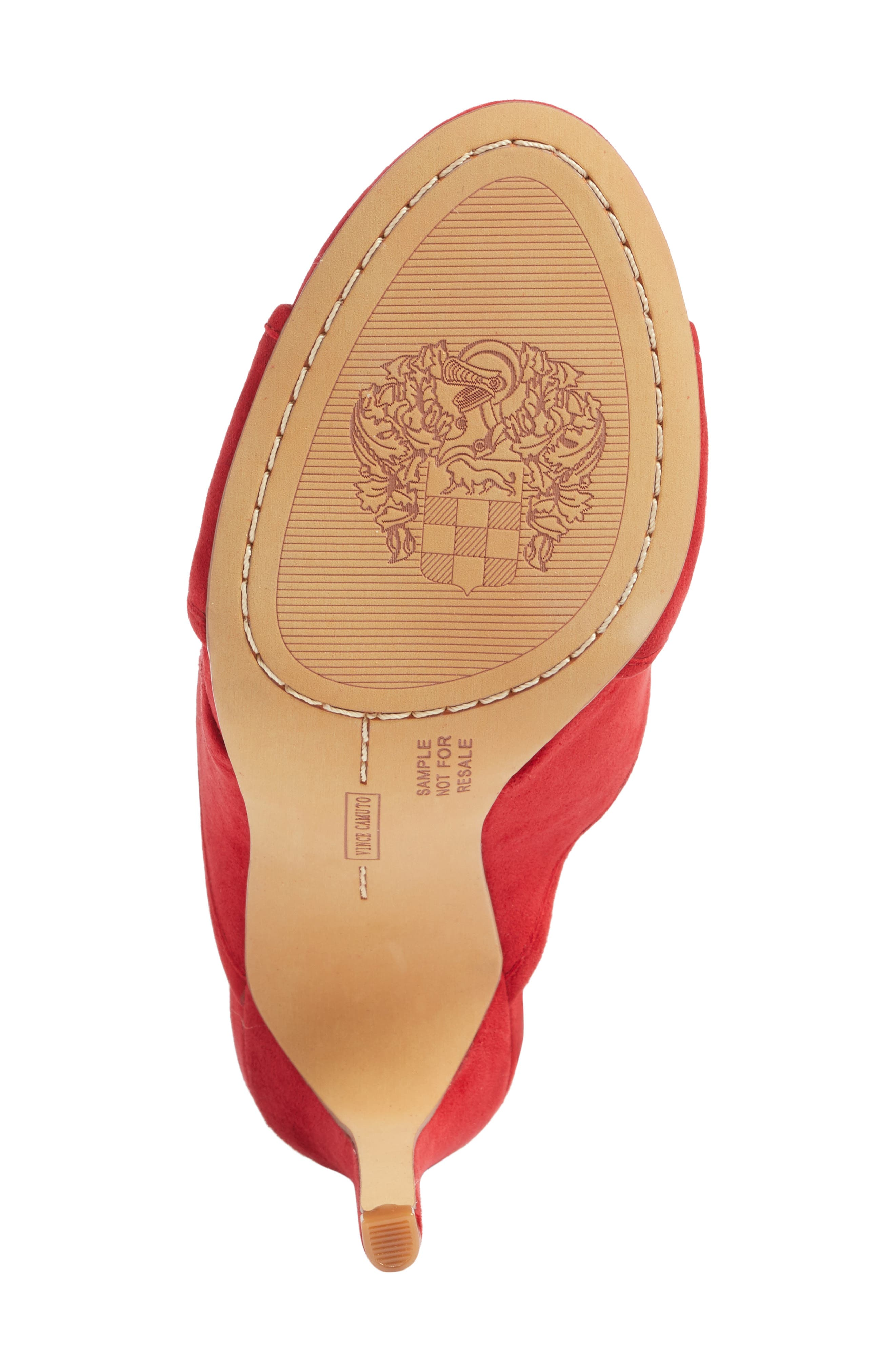 Alternate Image 6  - Vince Camuto Kizzia Mule (Women)