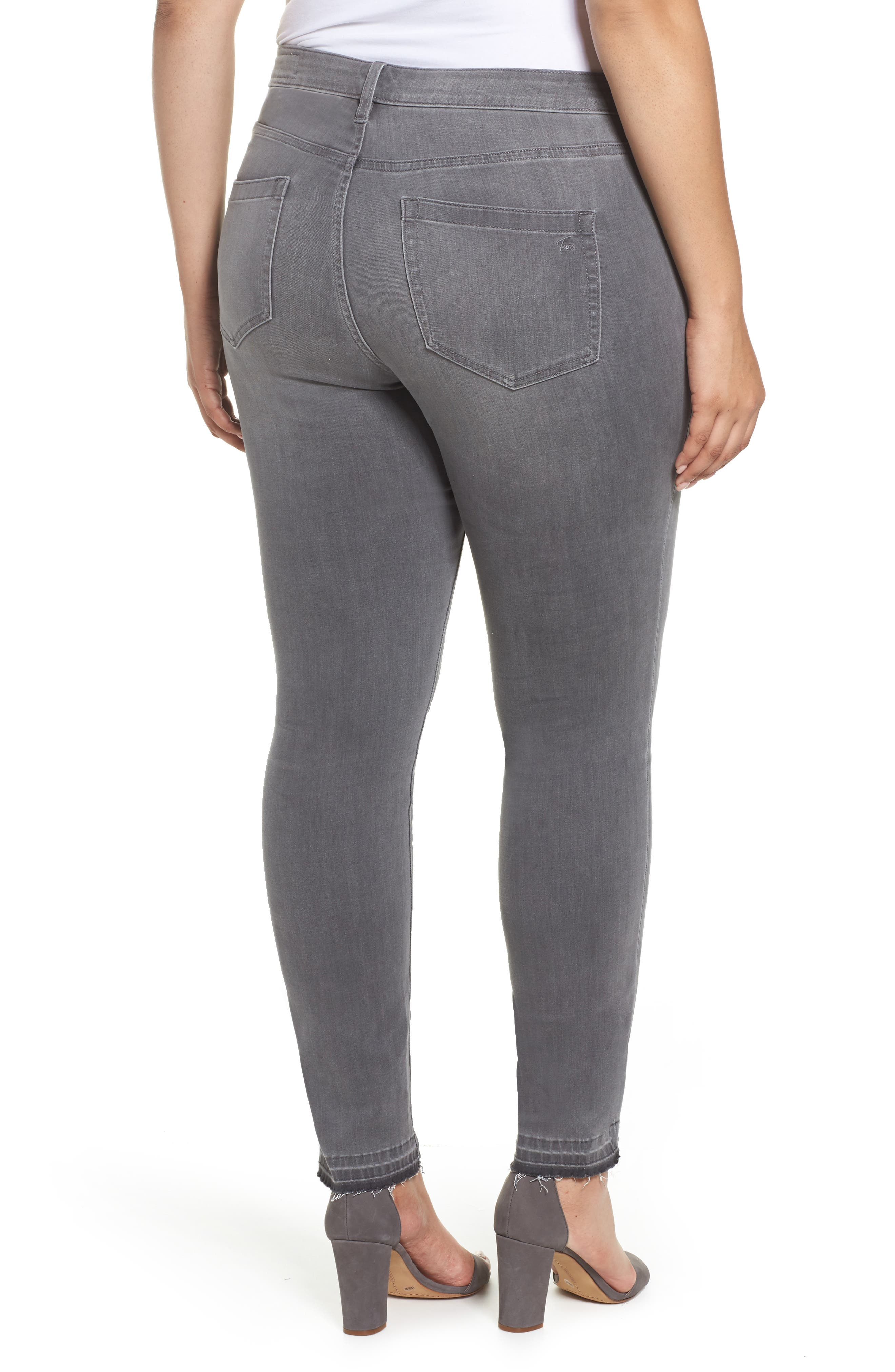 Alternate Image 2  - Two by Vince Camuto Release Hem Skinny Jeans (Cobblestone) (Plus Size)