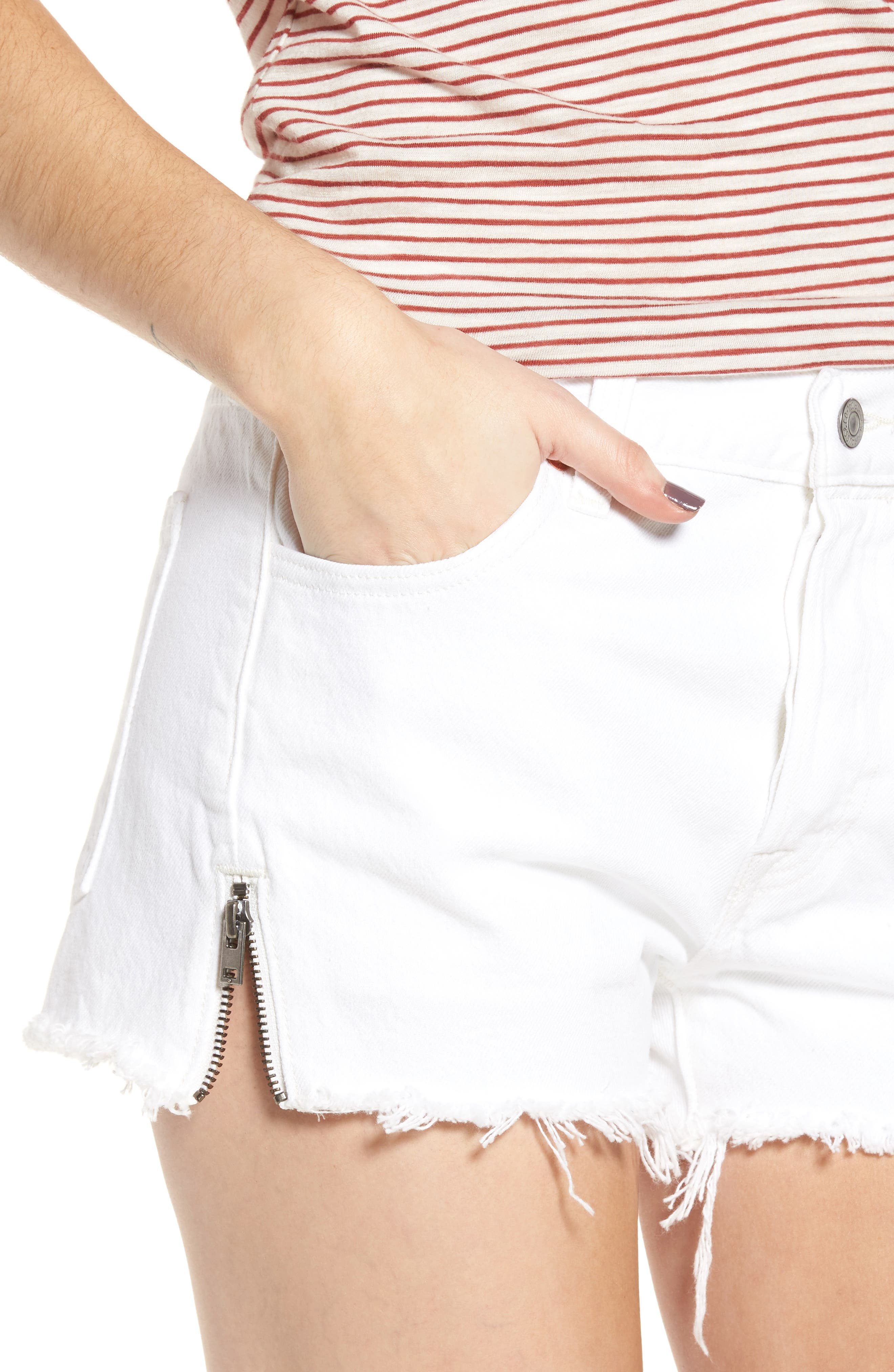 501<sup>®</sup> Altered Zip Denim Shorts,                             Alternate thumbnail 4, color,                             Seeing White