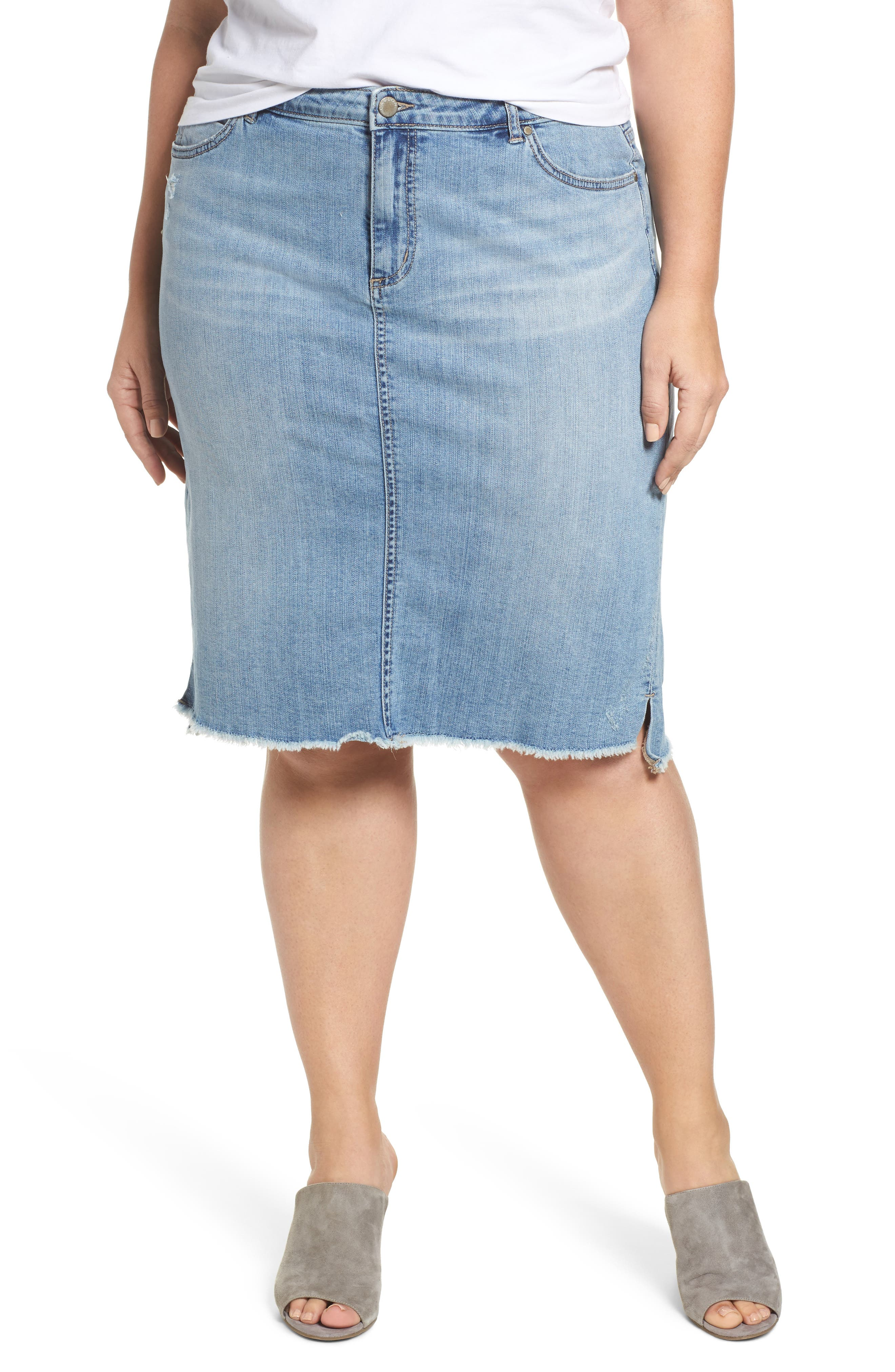 Caslon® Raw Edge Denim Skirt (Plus Size)