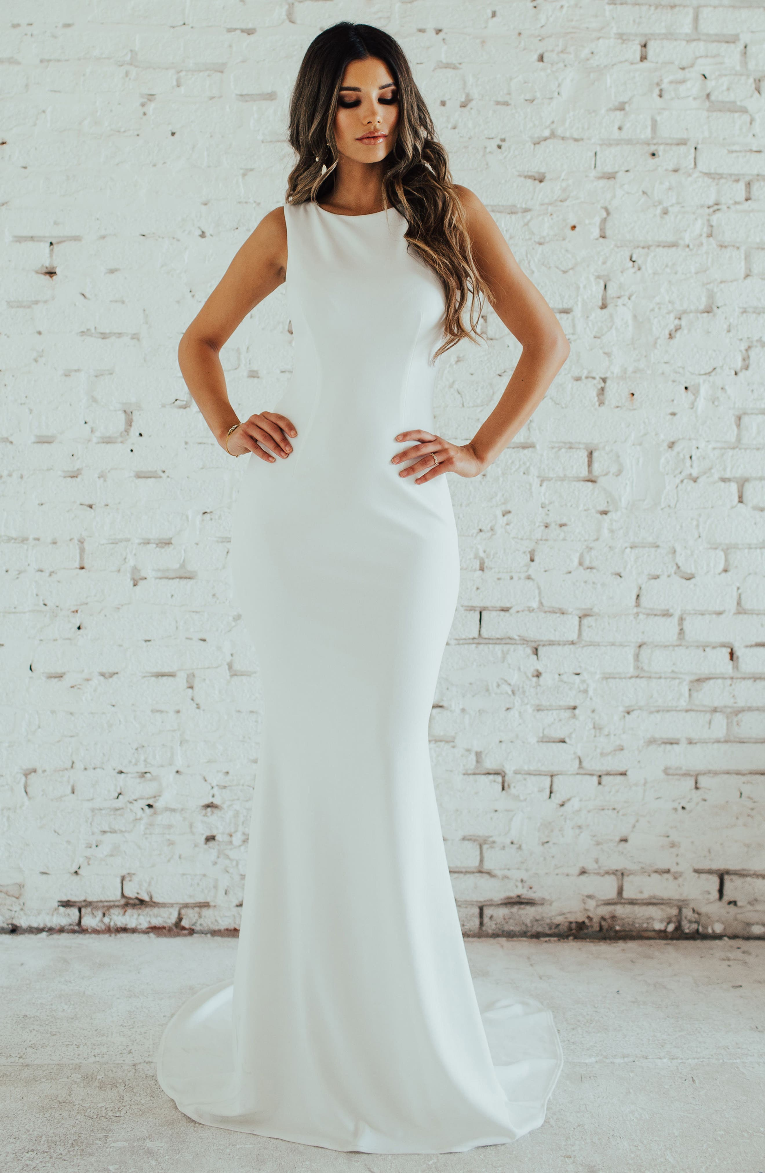 Low Back Crepe Mermaid Gown,                             Alternate thumbnail 3, color,                             Ivory