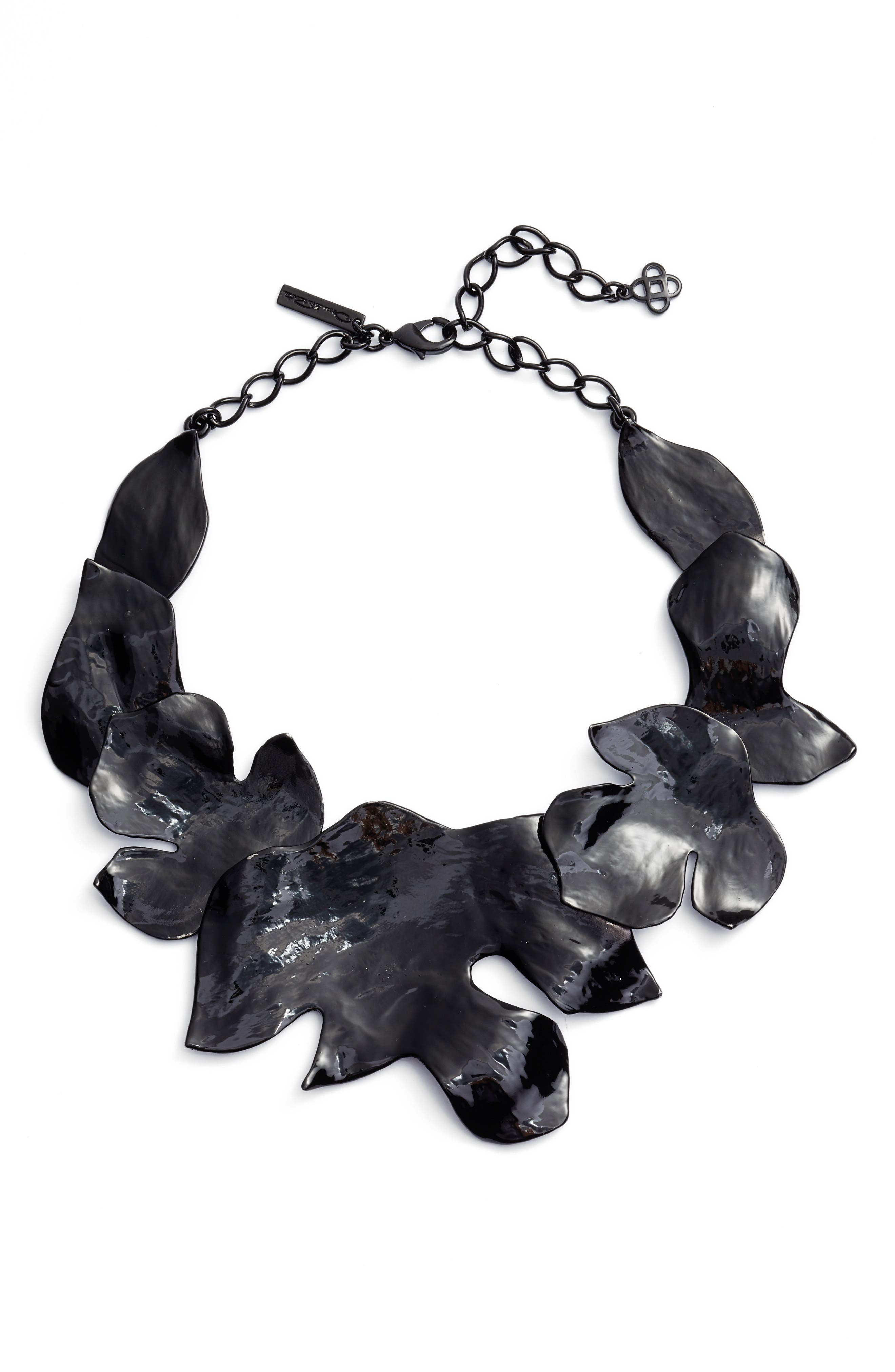 Alternate Image 1 Selected - Oscar de la Renta Foliage Collar Necklace