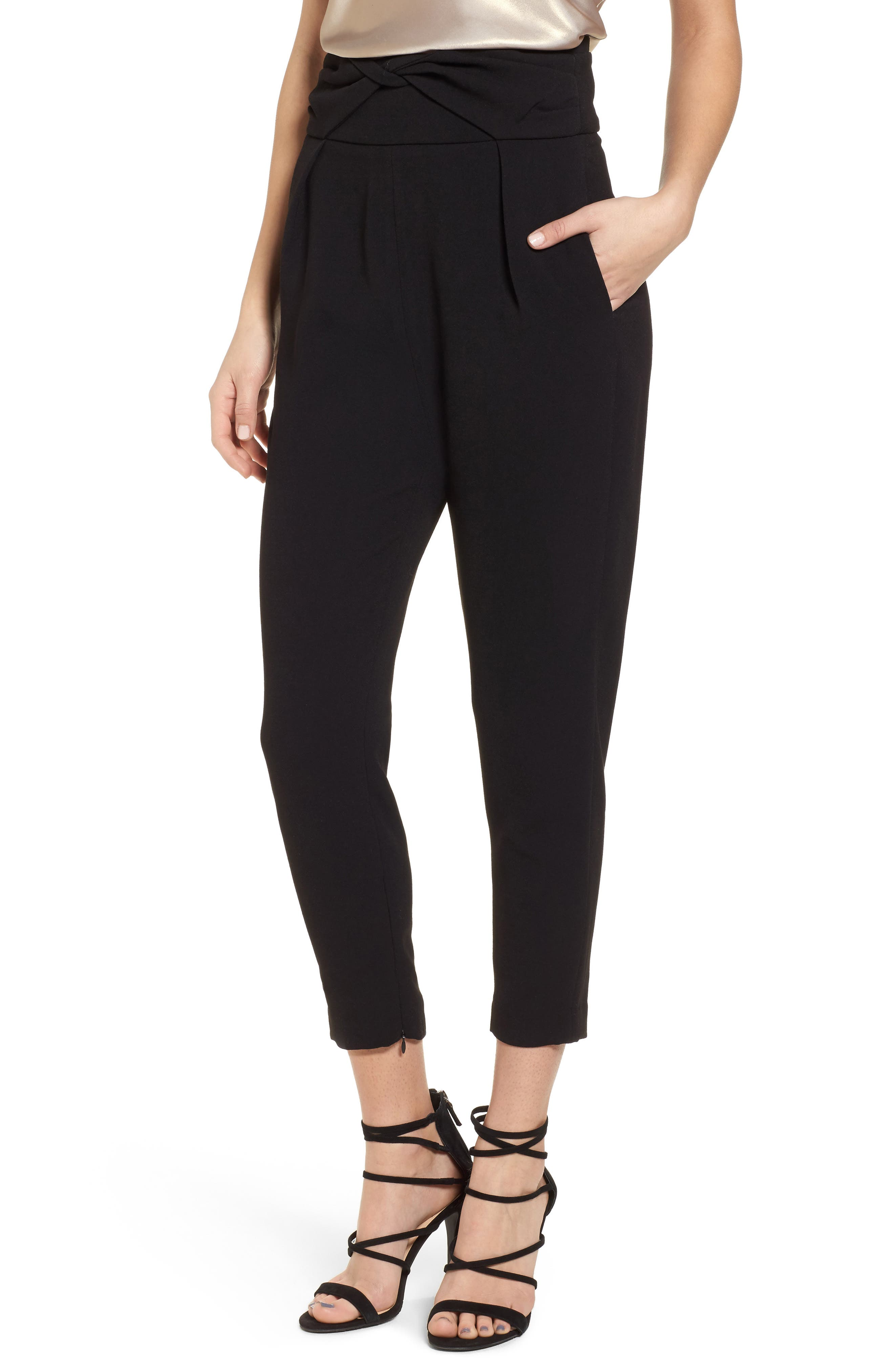 Elliatt Iris Ankle Zip Pants