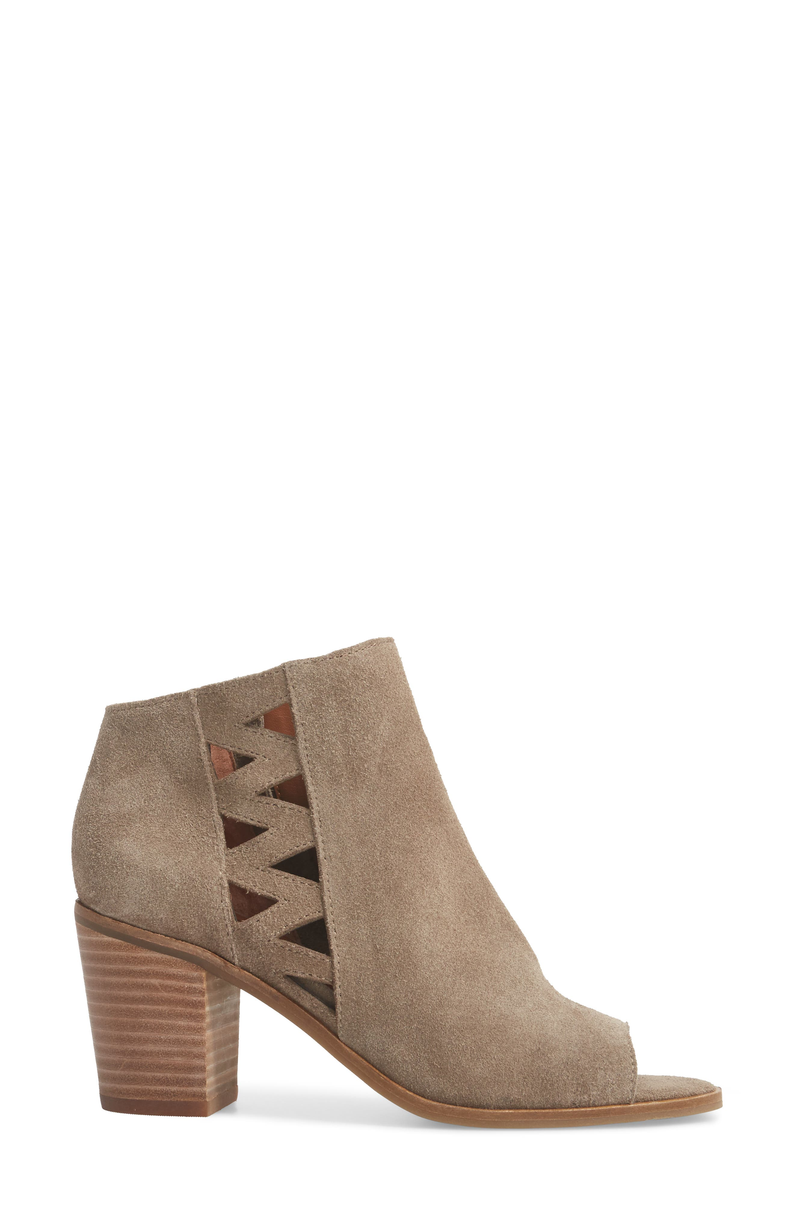 Kantoah Bootie,                             Alternate thumbnail 3, color,                             Brindle Suede