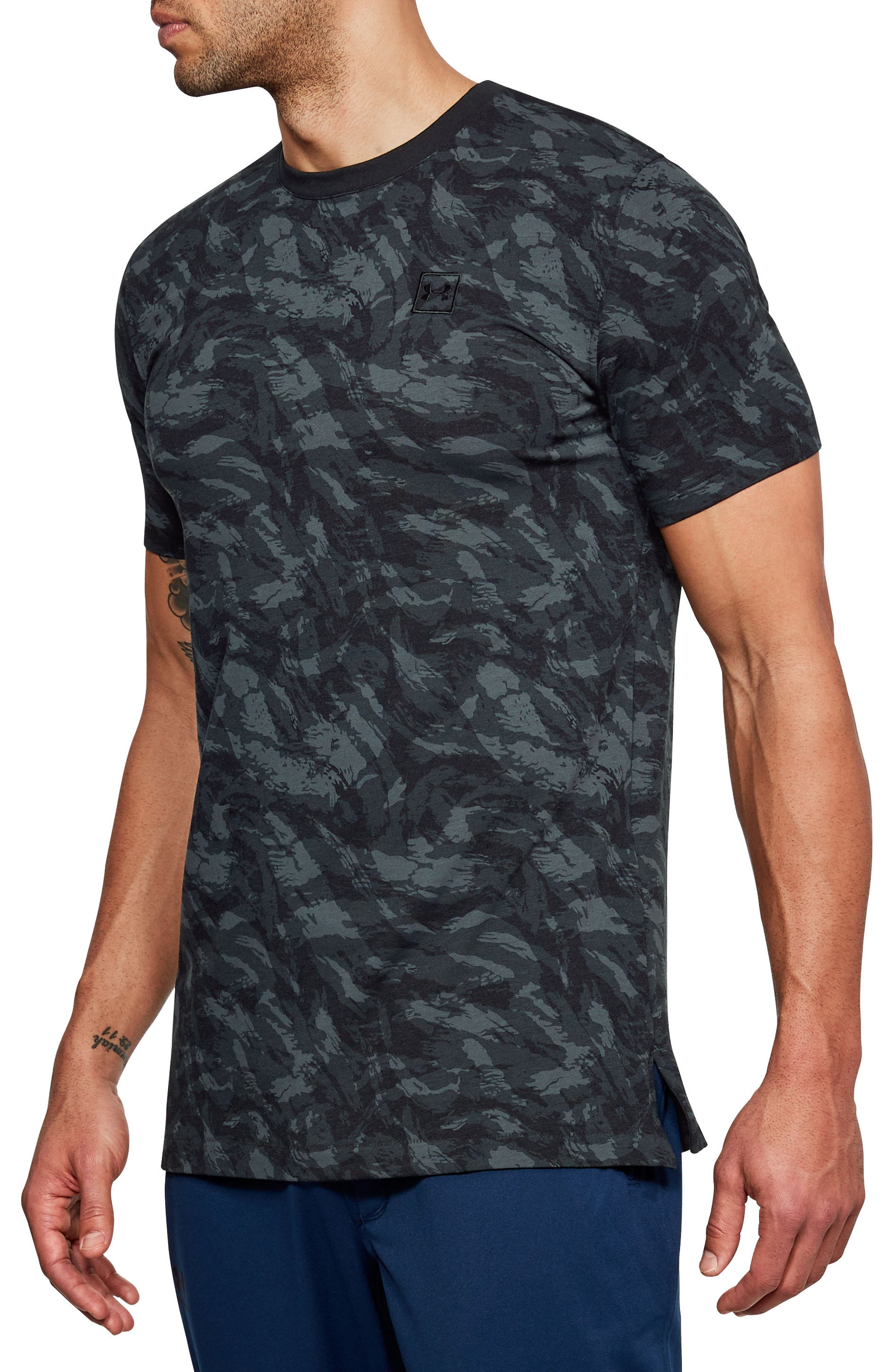 Sportstyle Print Charged Cotton<sup>®</sup> Fitted T-Shirt,                         Main,                         color, Black/ Black