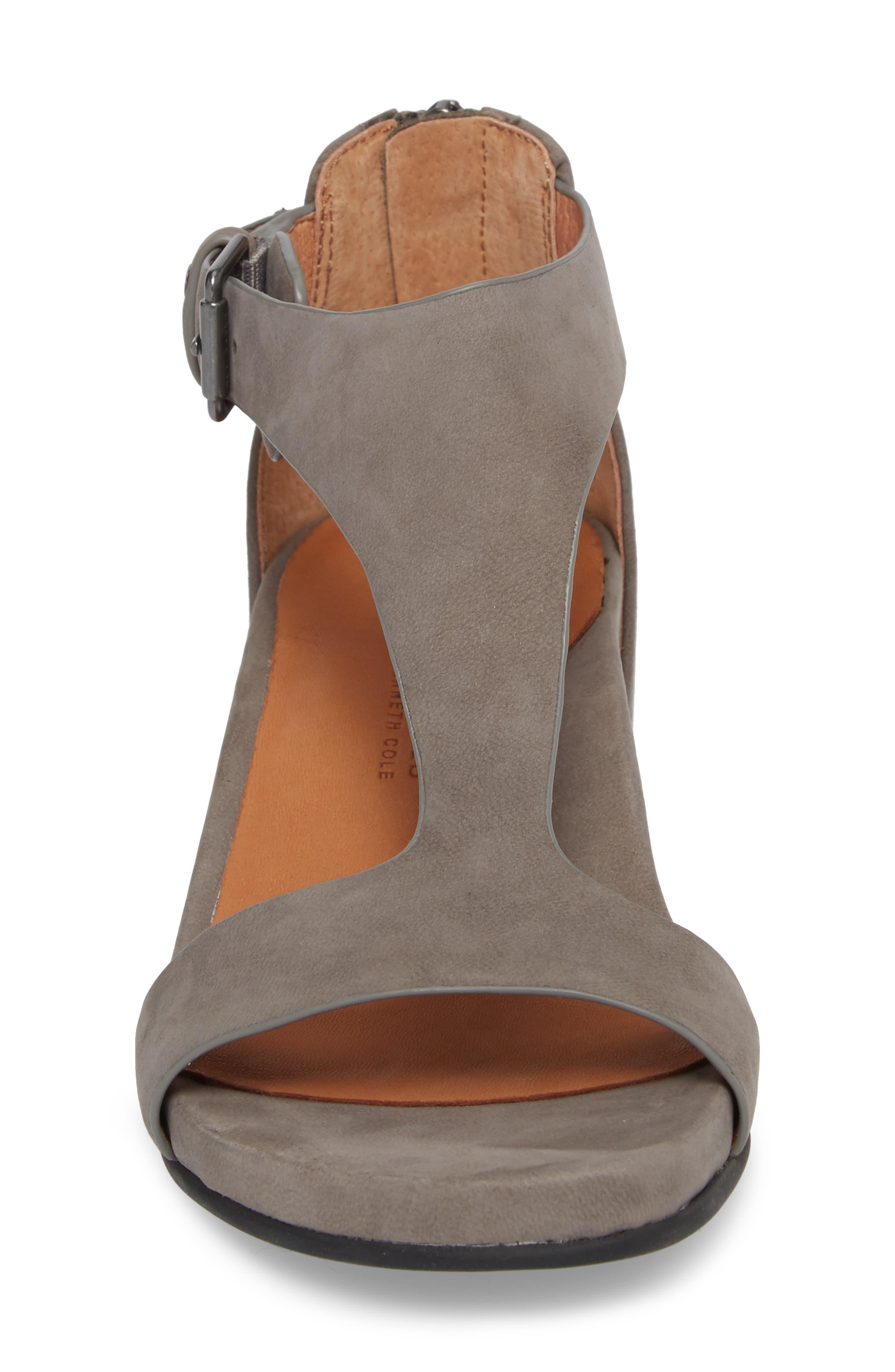 Alternate Image 4  - Gentle Souls Gisele Wedge Sandal (Women)