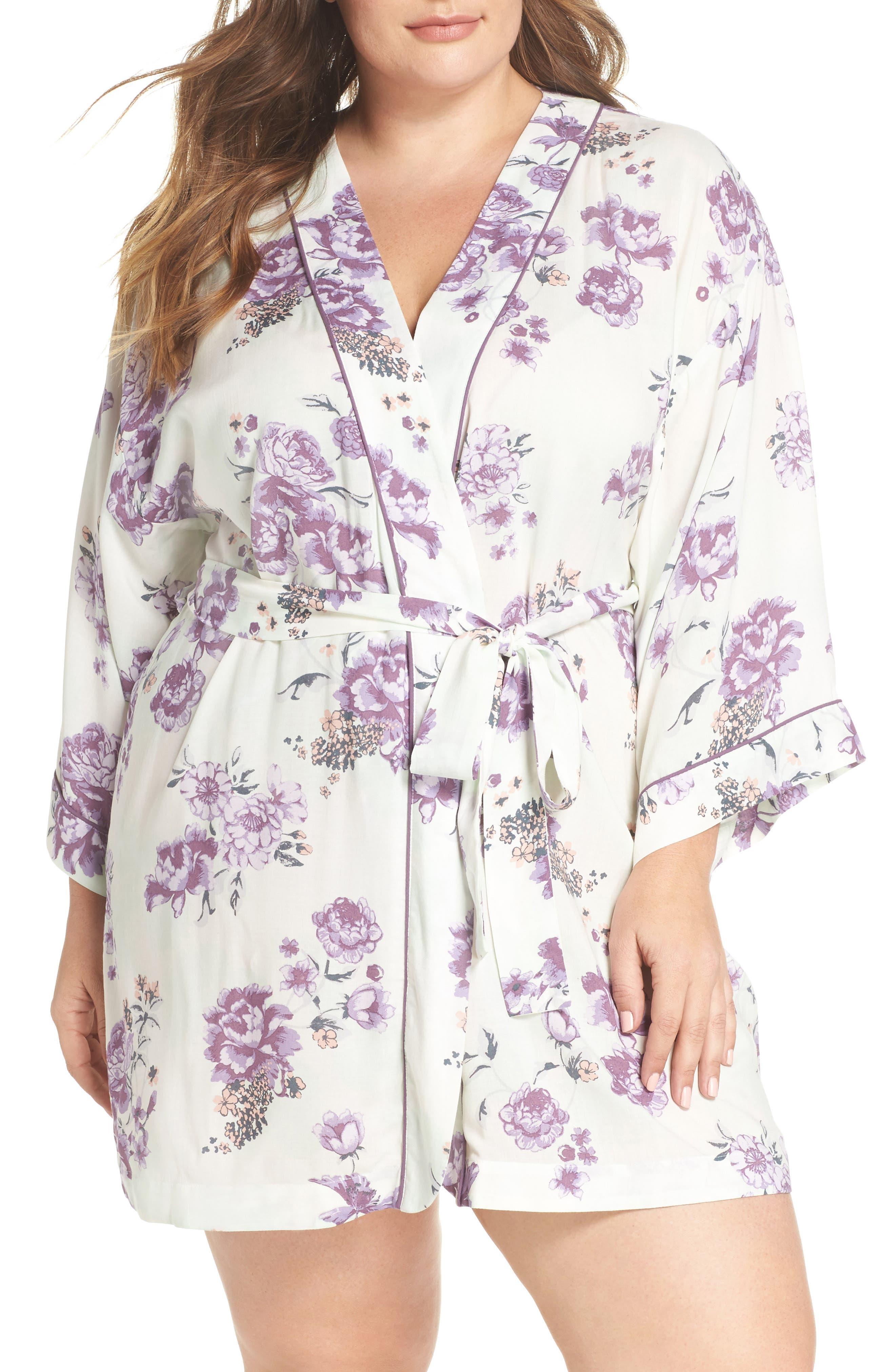 Nordstrom Lingerie Sweet Dreams Short Robe (Plus Size)