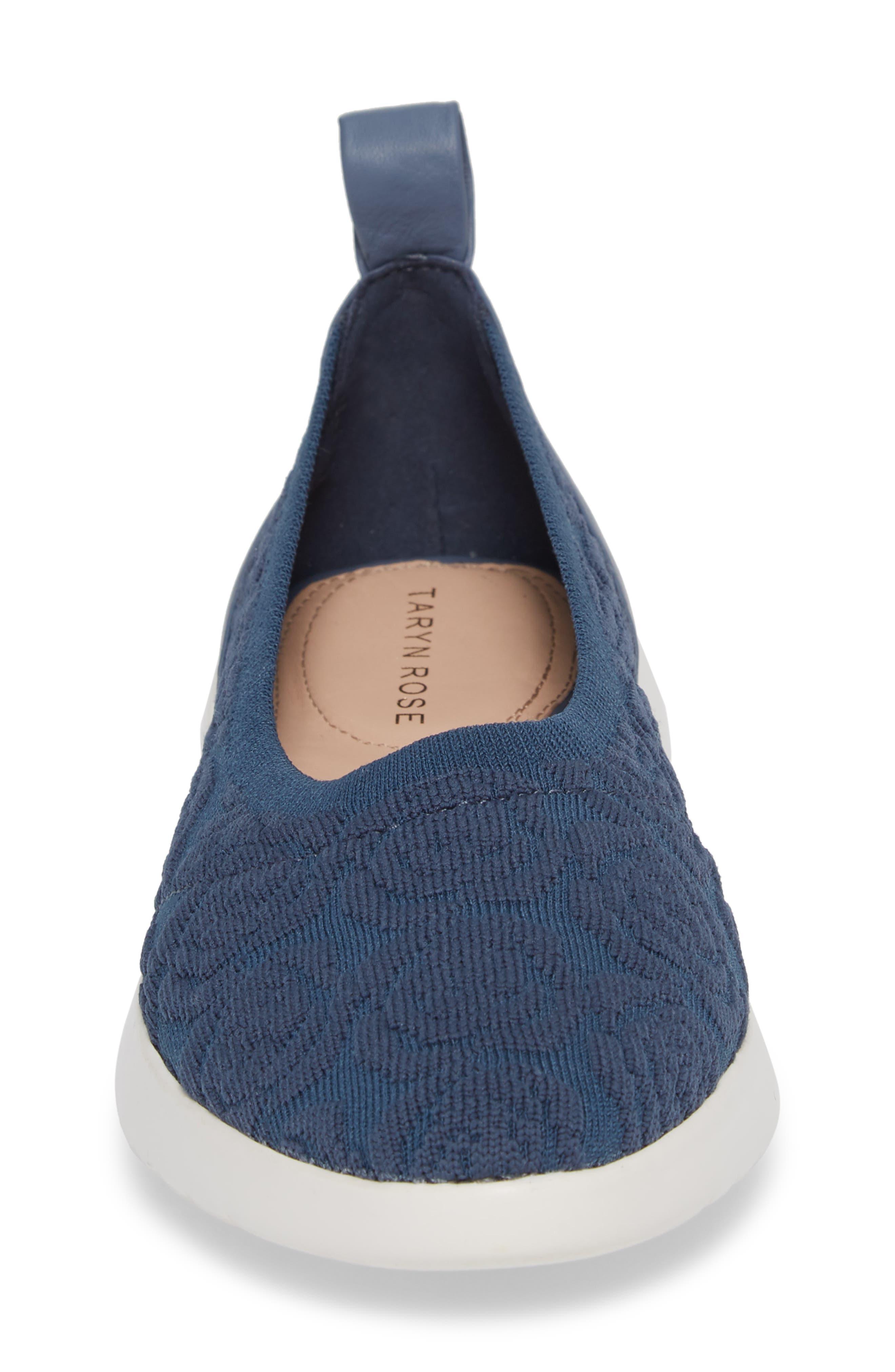 Daisy Flat,                             Alternate thumbnail 4, color,                             Denim Knit Fabric