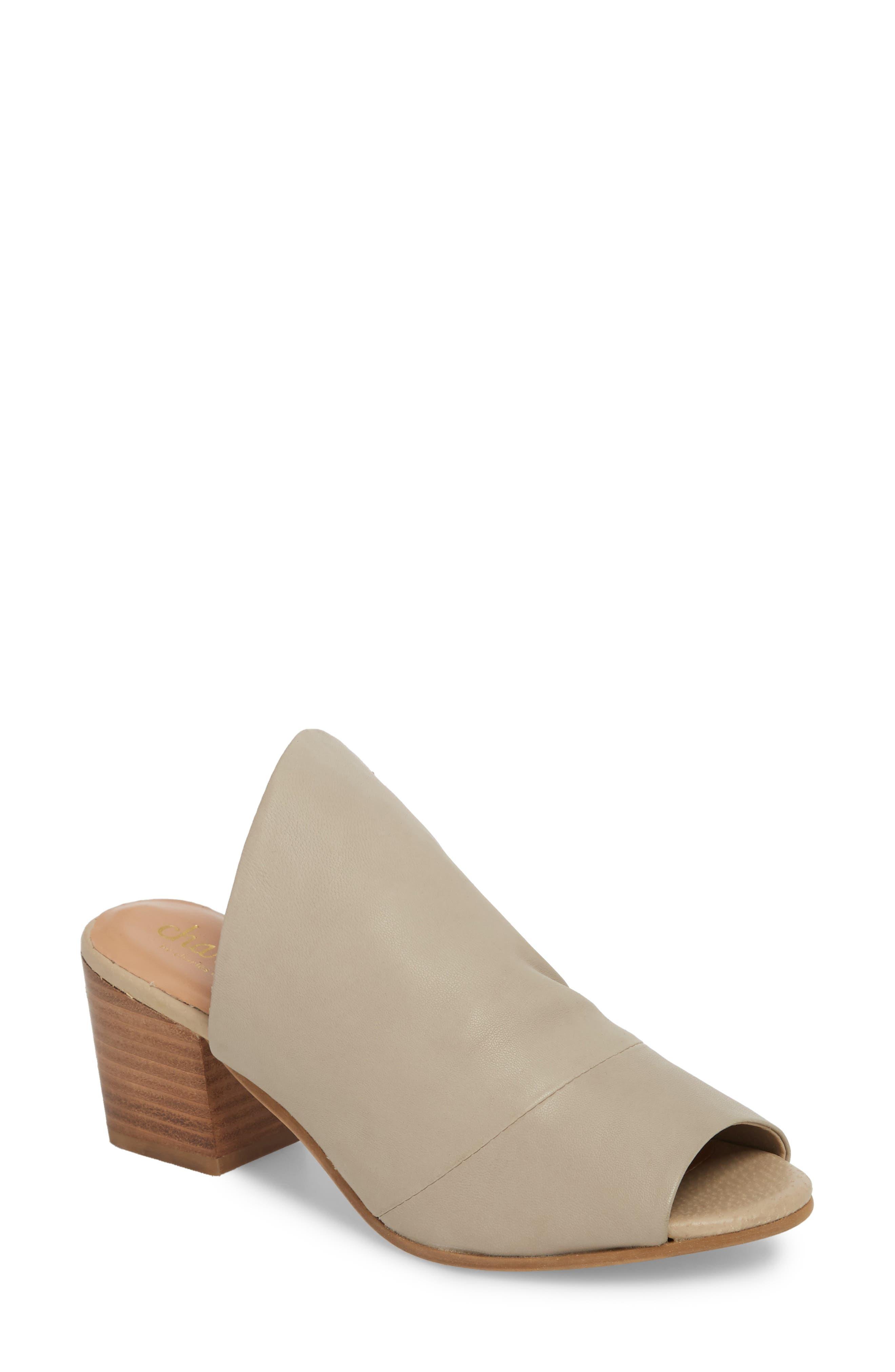 Charles David Women's Yanna Block Heel Slide Sandal VHFWS5x