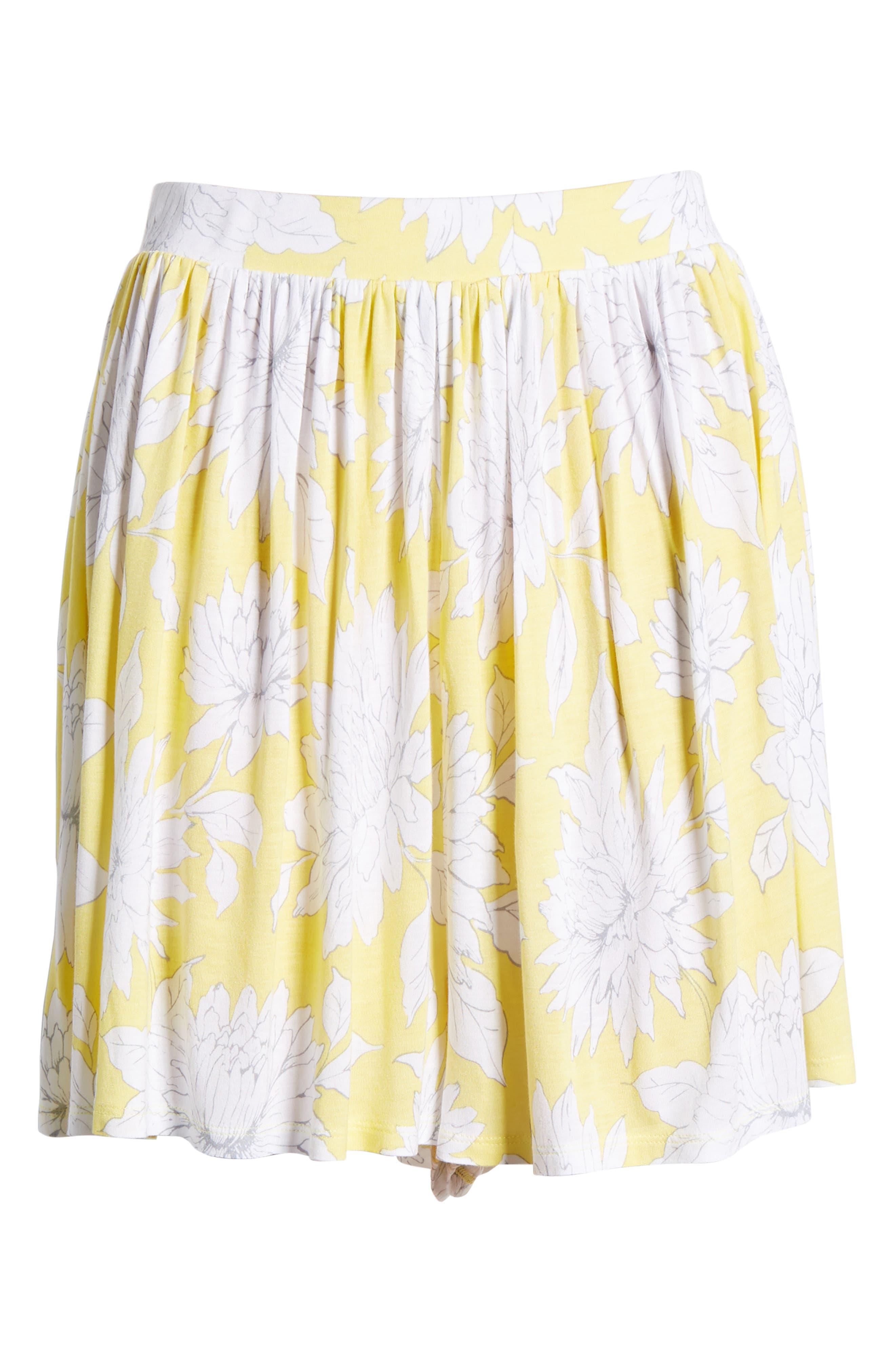 Print Wide Leg Shorts,                             Alternate thumbnail 6, color,                             Yellow Glow Grunge Floral