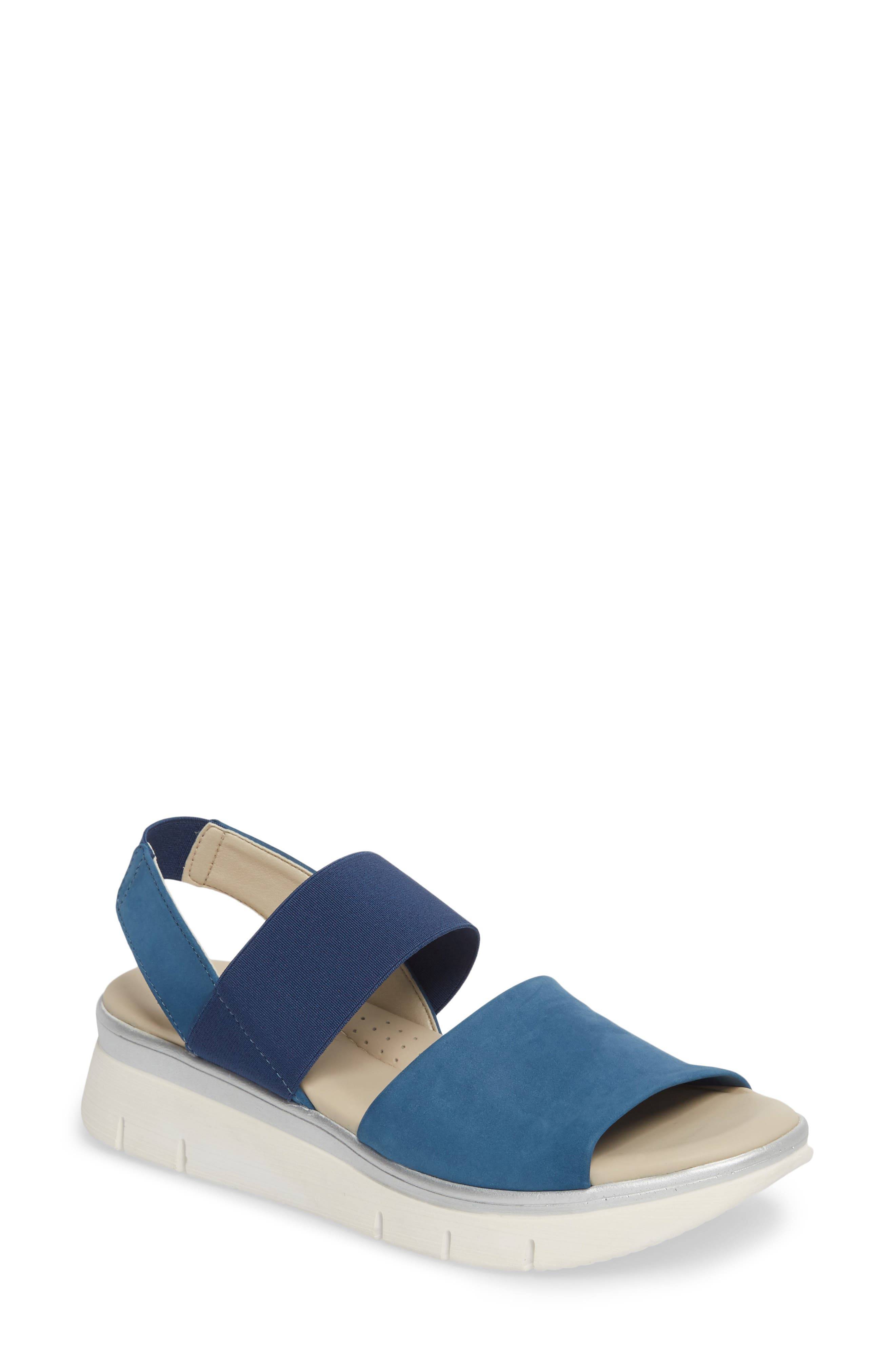 The FLEXX Cushy Sandal (Women)